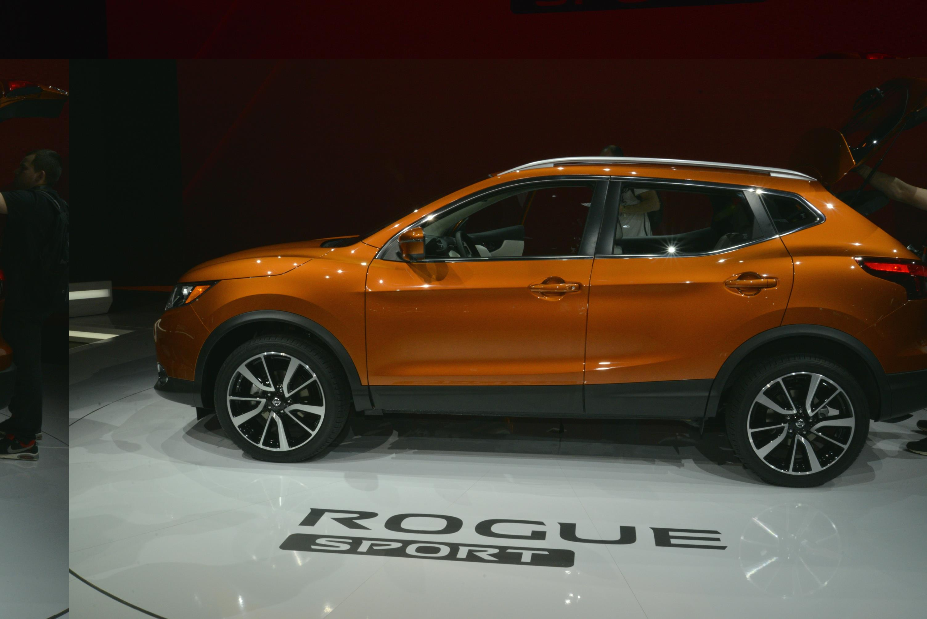 suv in nissan production image navara guise spied tan paul
