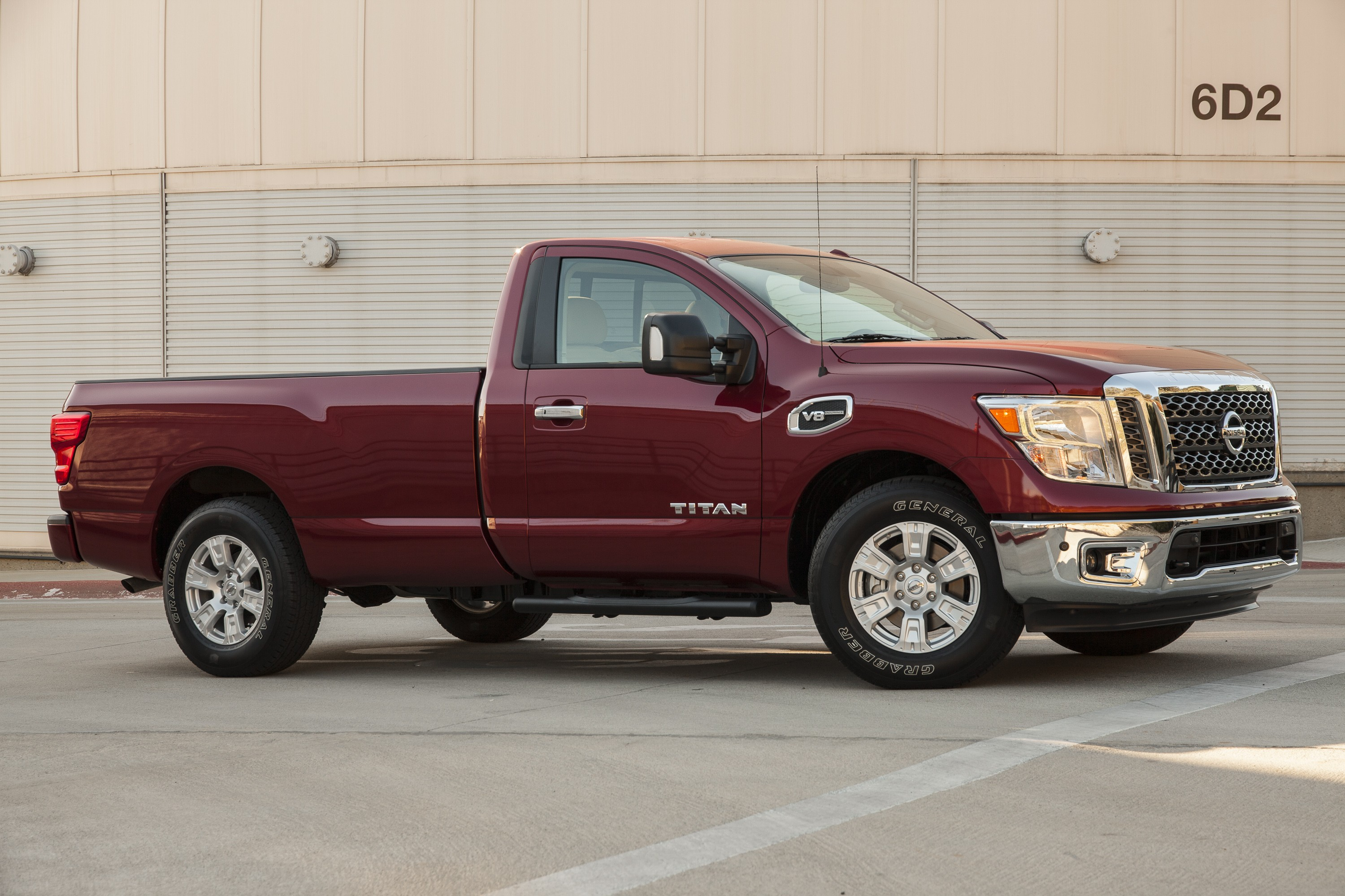 2017 Nissan Titan Single Cab Gets Ready for Work, King Cab ...