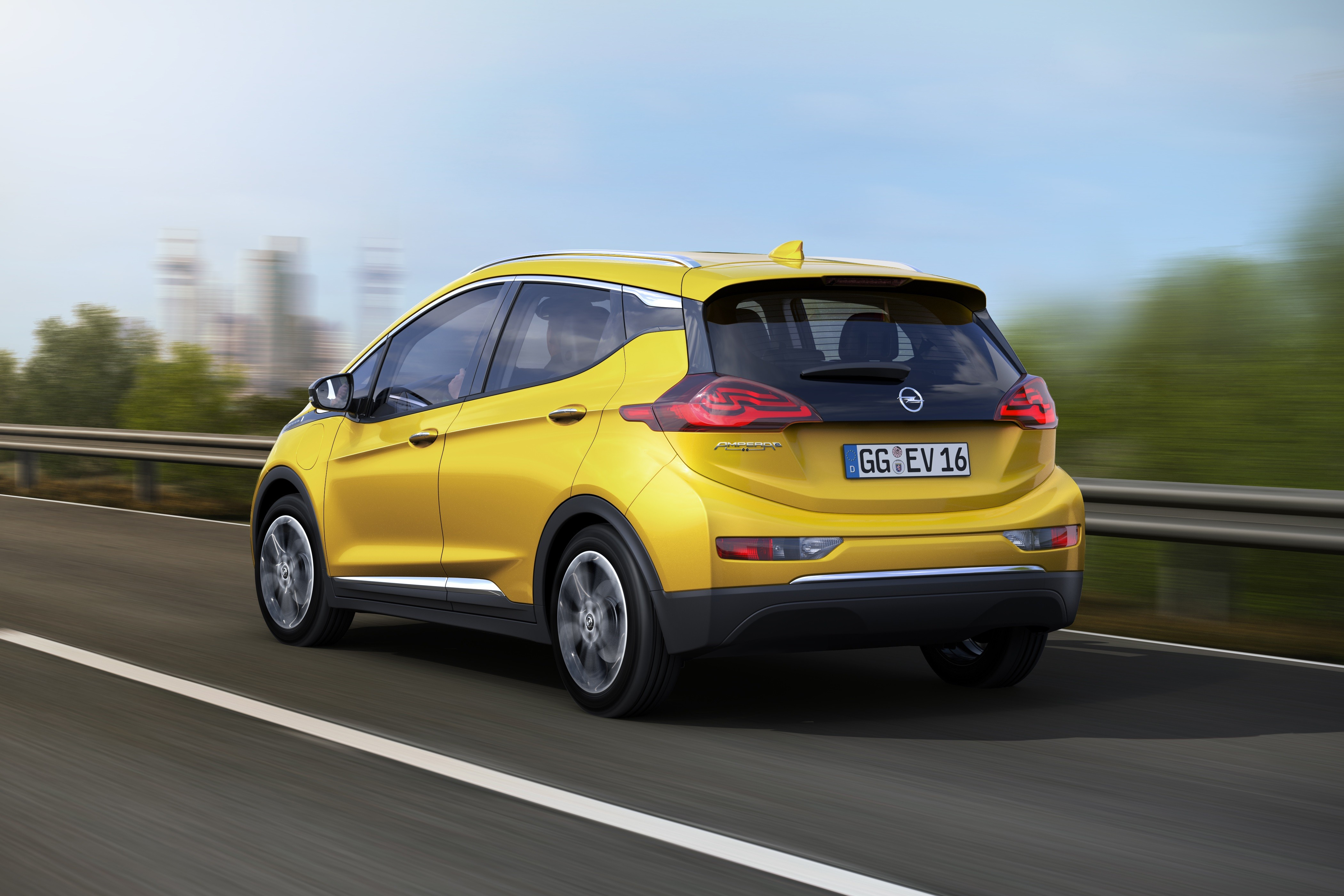2017 opel ampera e is the european cousin of the chevrolet bolt ev autoevolution