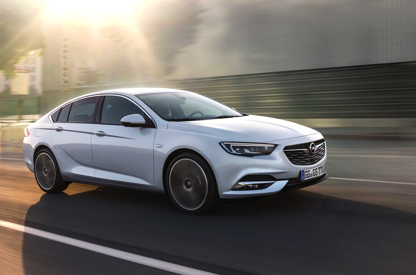 Opel Insignia Price Starts From Eur For The Sedan