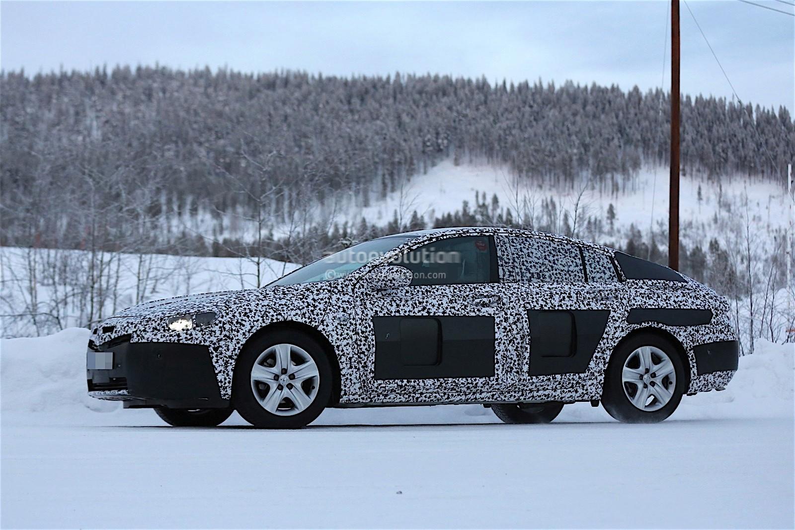 2017-opel-insignia-spied-in-winter-testing-looks-big_11