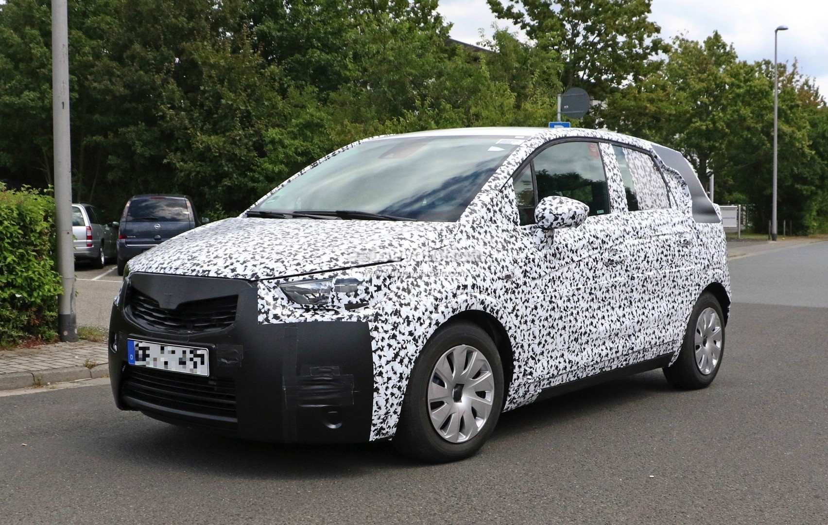 2017 Opel Meriva C Swaps Suicide Doors For Regular Doors