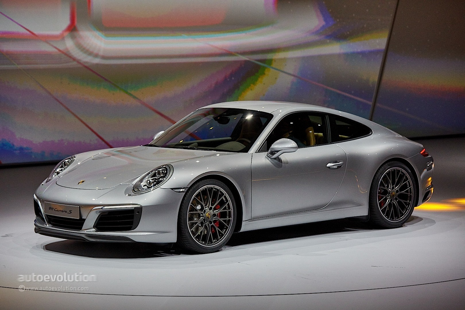 2017 porsche 911 feels like an old school turbo machine in. Black Bedroom Furniture Sets. Home Design Ideas