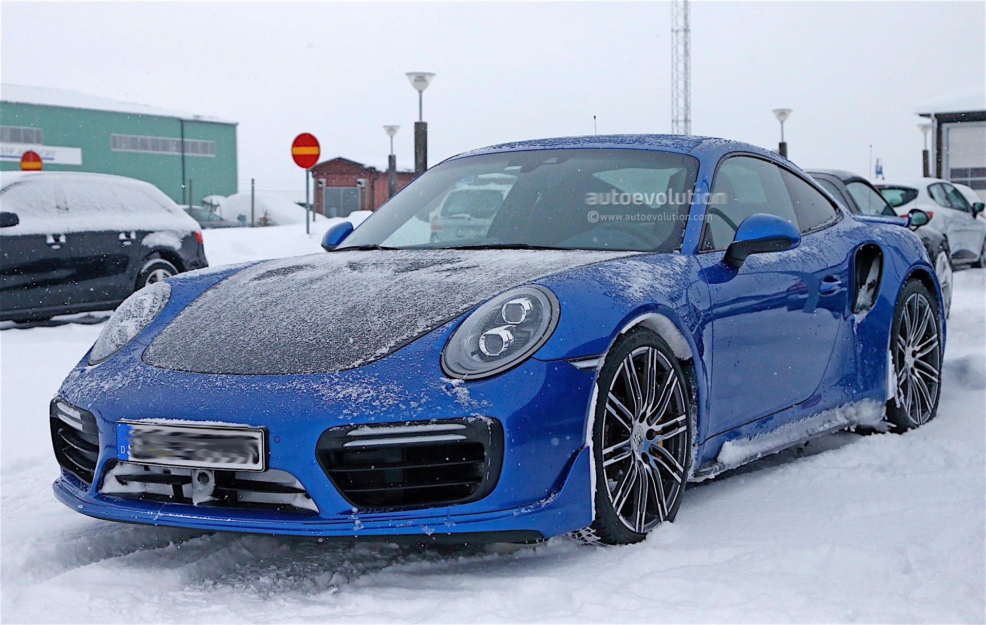 2017 porsche 911 gt2 spied in winter testing with no camo. Black Bedroom Furniture Sets. Home Design Ideas