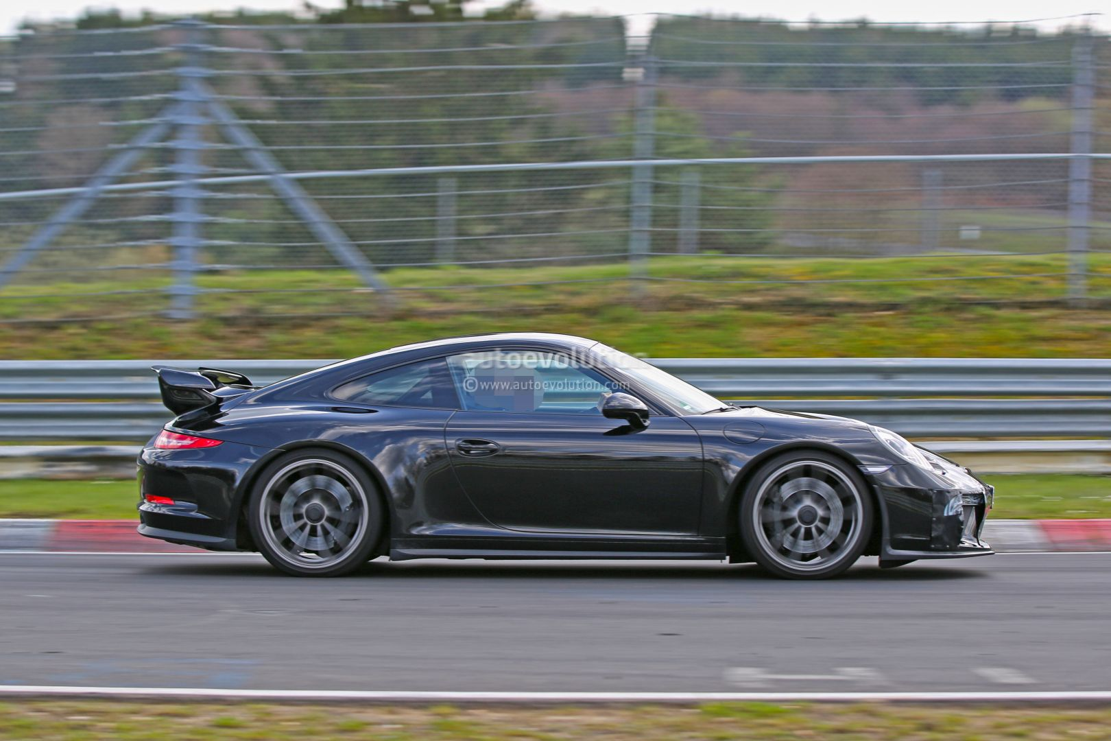 2017 porsche 911 gt3 spied on nurburgring to get 911 r 6