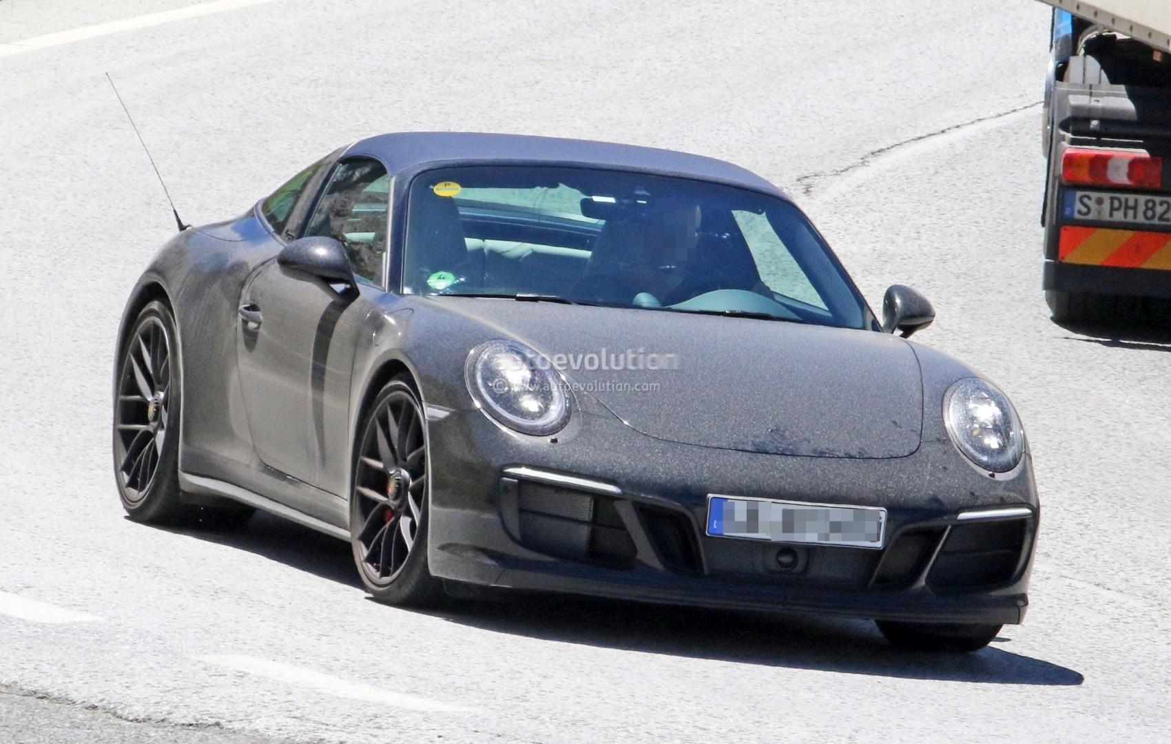 ... 2017 Porsche 911 Targa GTS 991.2 ... & 2017 Porsche 911 Targa GTS Revealed in Spyshots with Black Roof ... memphite.com