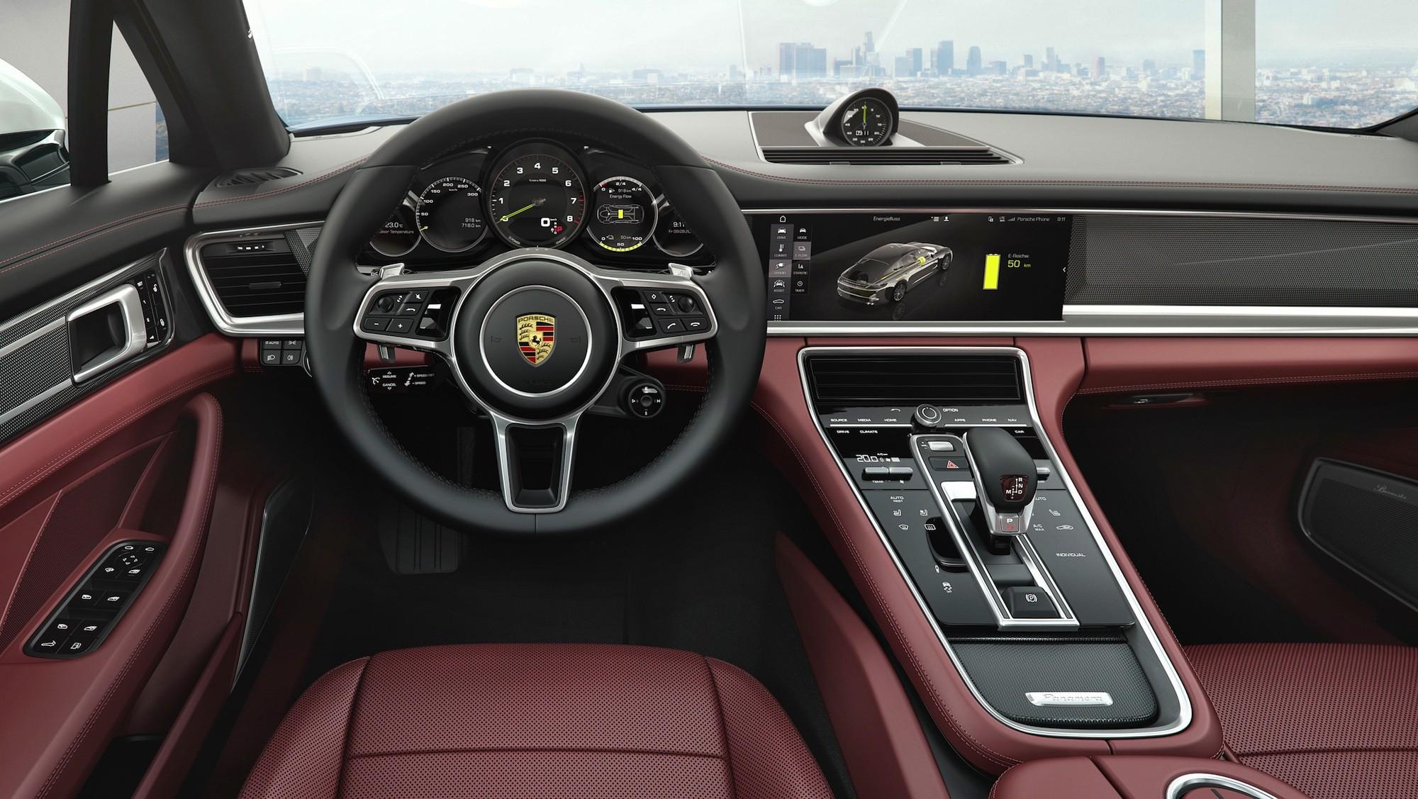 2017 Porsche Panamera 4 E Hybrid Executive Interior Dashboard