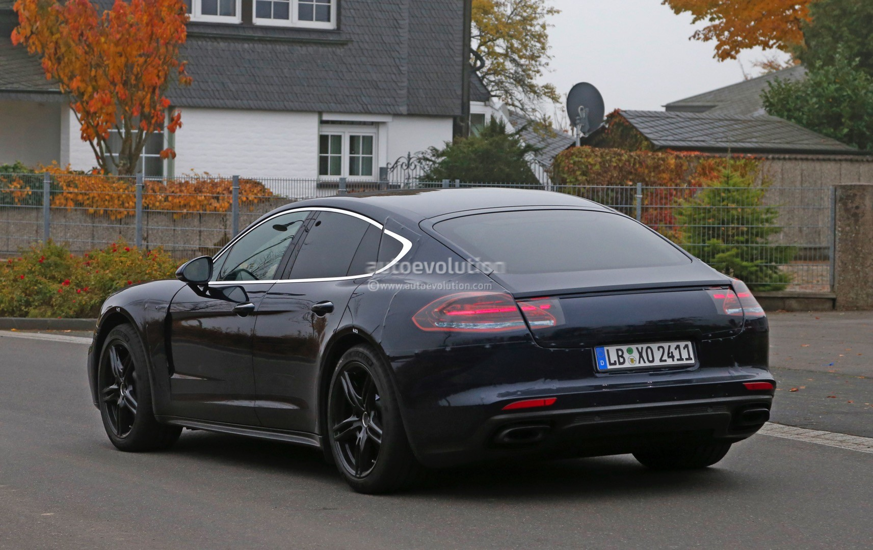 2017 porsche panamera spied close to nurburgring testing. Black Bedroom Furniture Sets. Home Design Ideas