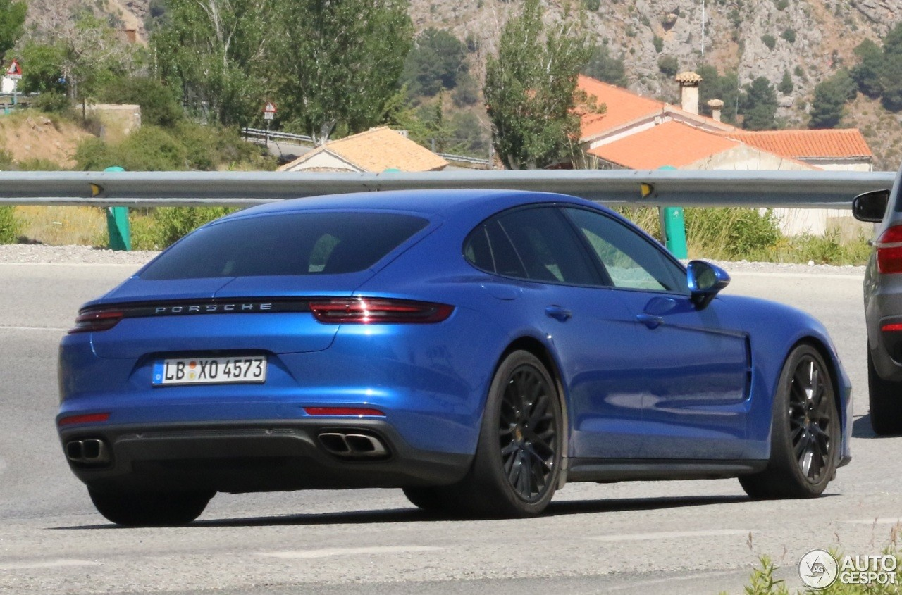 2017 porsche panamera turbo already shows up in spanish. Black Bedroom Furniture Sets. Home Design Ideas