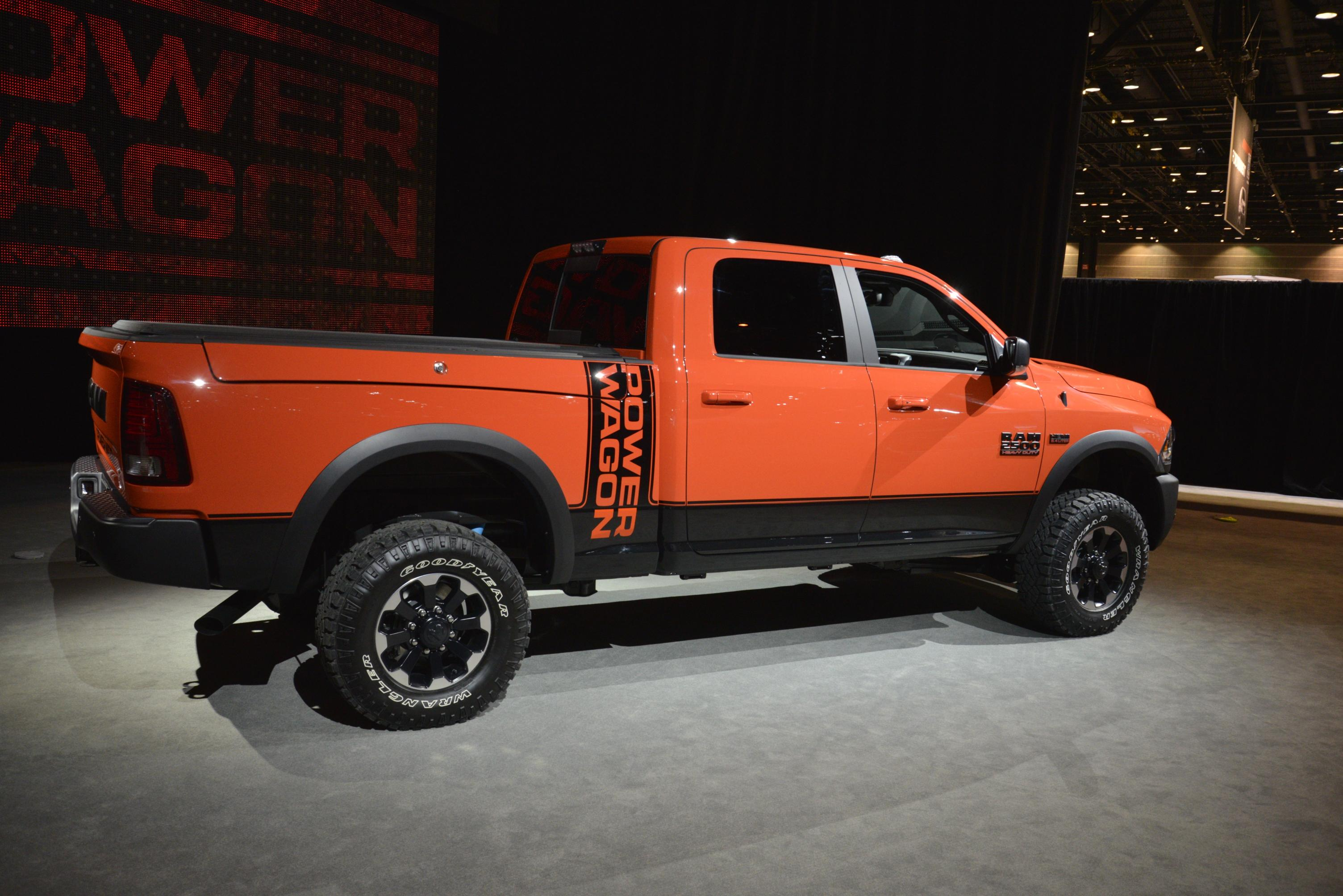 2017 Ram 2500 Power Wagon Demos Its Macho Suspension Articulation in ...