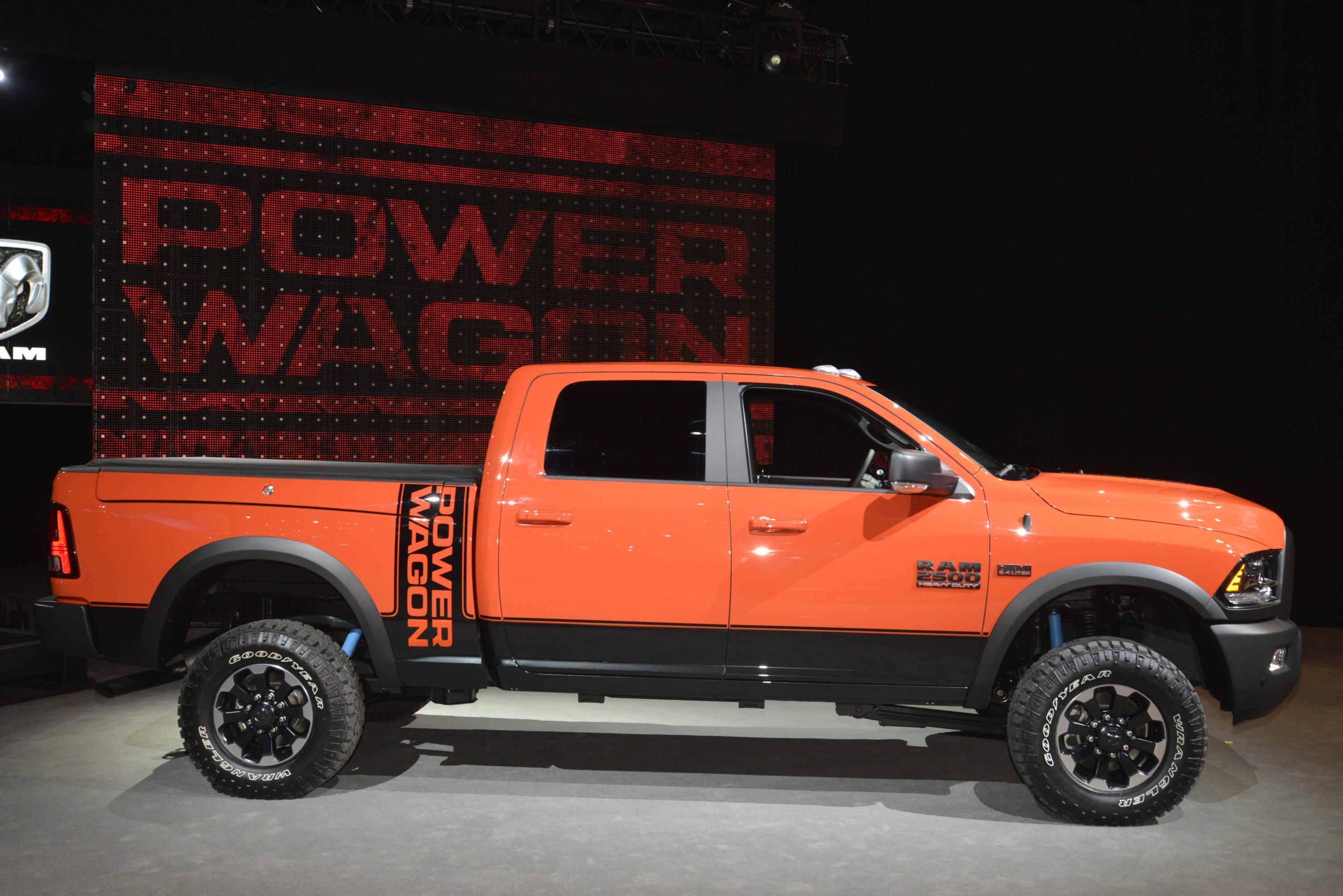 2017 Ram 2500 Power Wagon Demos Its Macho Suspension ...