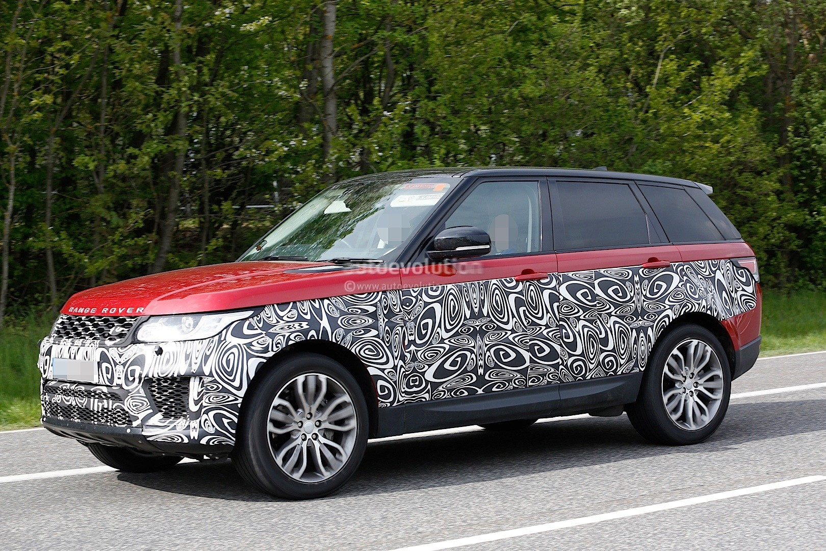 2017 range rover sport facelift spied inside out autoevolution. Black Bedroom Furniture Sets. Home Design Ideas