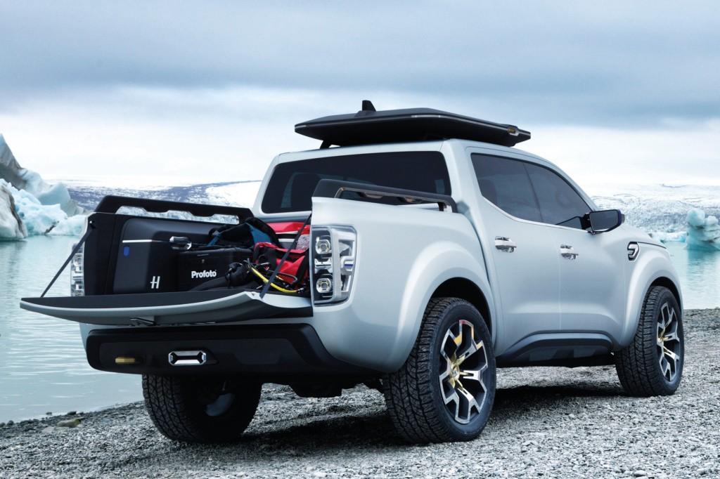 2017 Renault Alaskan Leaks Ahead Of Debut Autoevolution