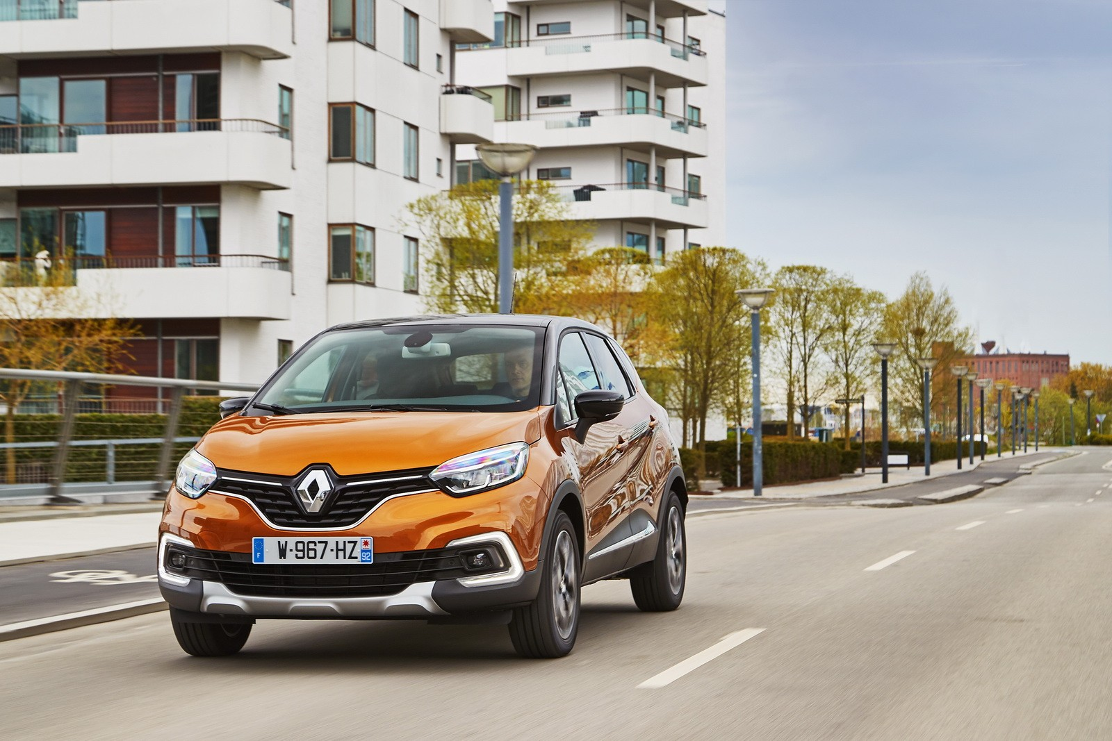 2017 renault captur facelift gets extensive photo gallery. Black Bedroom Furniture Sets. Home Design Ideas