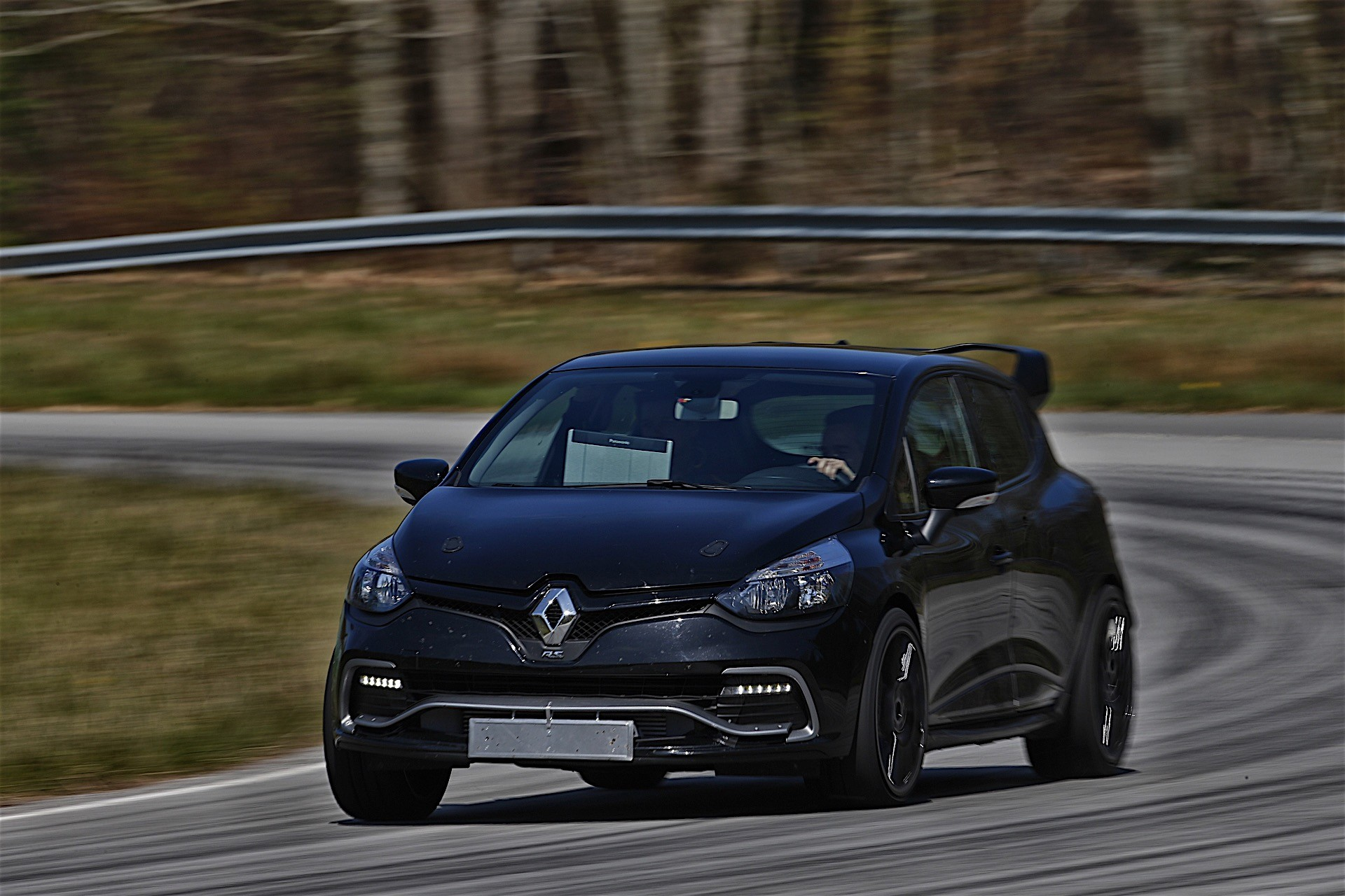 Renault displays clio rs16 concept at 2016 paris motor show autoevolution - Paris motor show ...