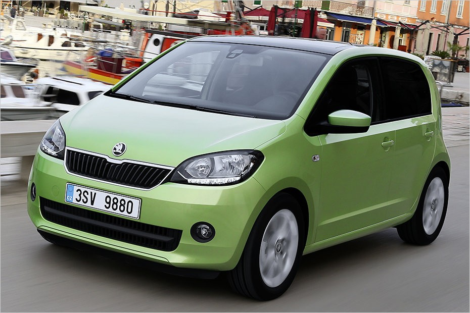 2011 - [VW/Seat/Skoda] Up!/Mii/Citigo - Page 35 2017-skoda-citigo-updates-modern-infotainment-led-daytime-running-lights_1