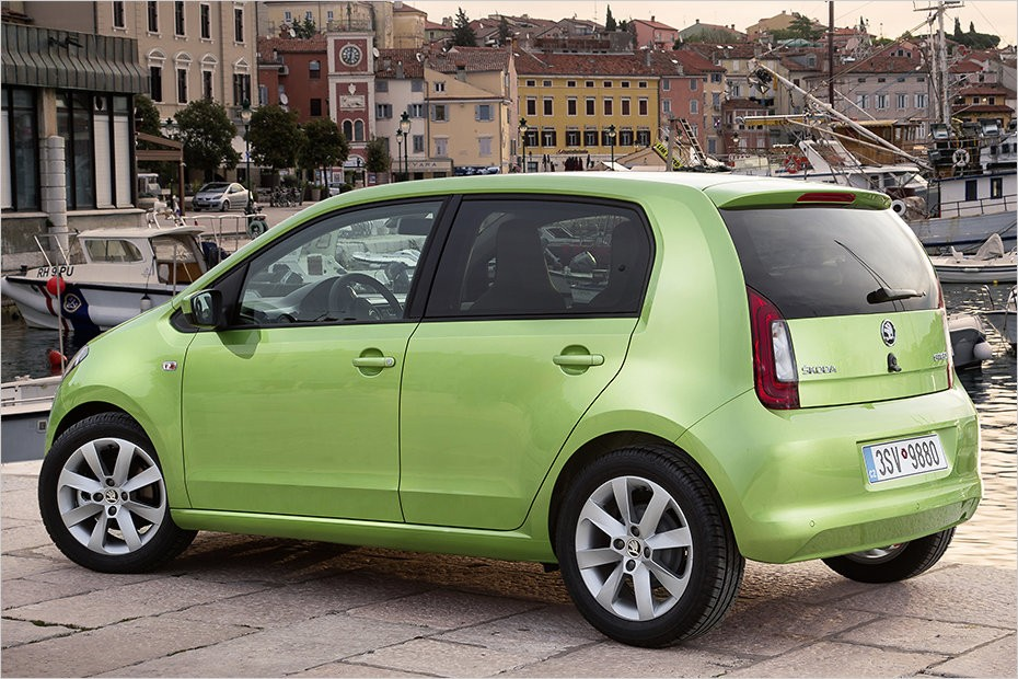 2011 - [VW/Seat/Skoda] Up!/Mii/Citigo - Page 35 2017-skoda-citigo-updates-modern-infotainment-led-daytime-running-lights_2