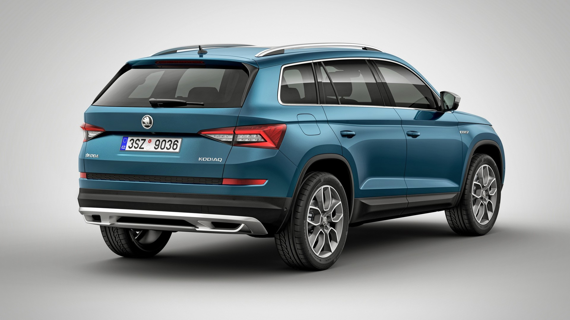 2017 skoda kodiaq gets the scout treatment autoevolution. Black Bedroom Furniture Sets. Home Design Ideas
