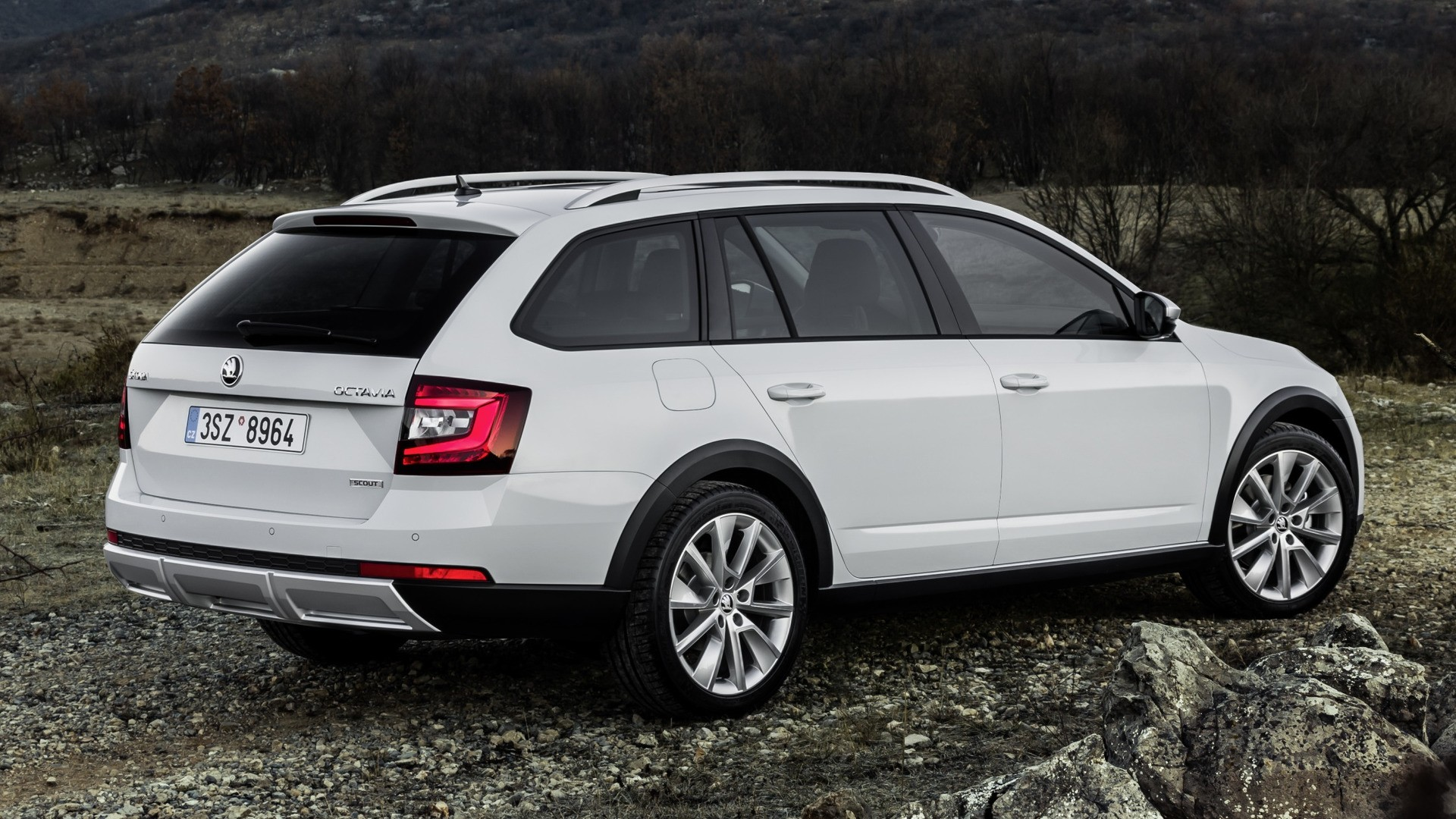 2017 skoda octavia scout revealed three engines offering between 150 and 184 hp autoevolution. Black Bedroom Furniture Sets. Home Design Ideas