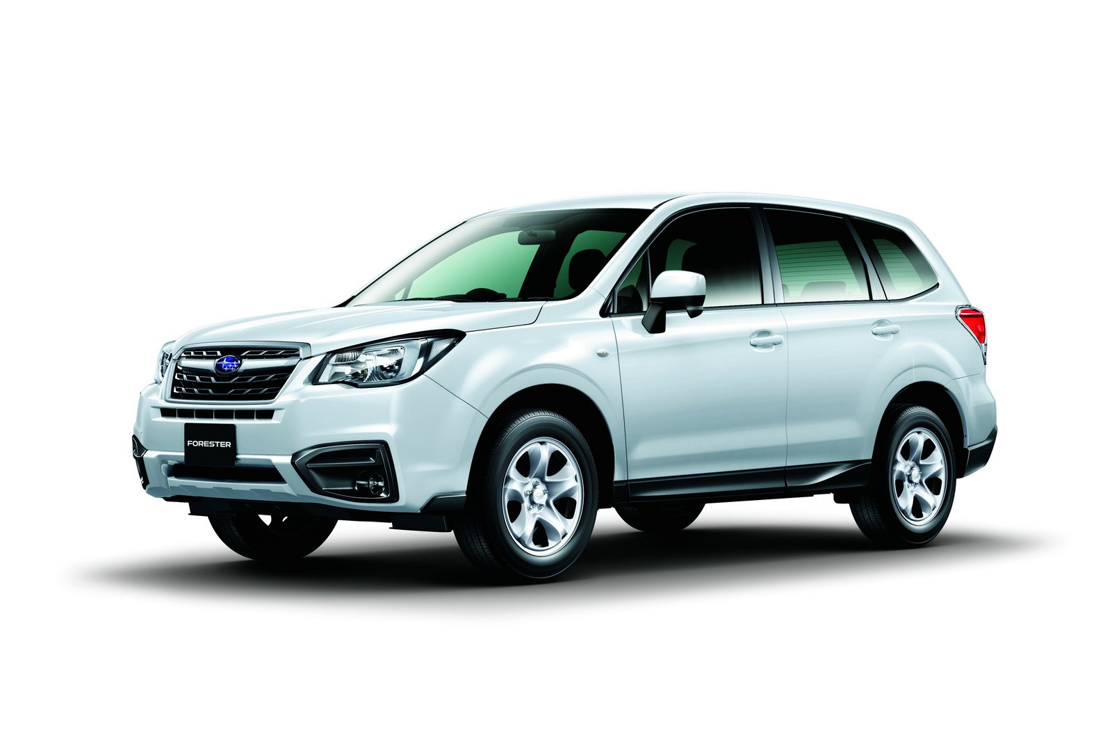 2017 subaru forester facelift revealed ahead of tokyo. Black Bedroom Furniture Sets. Home Design Ideas
