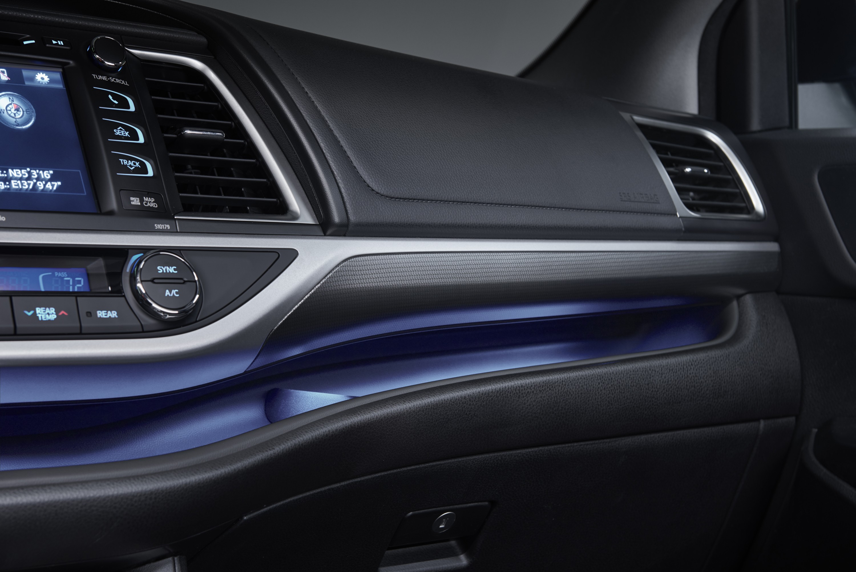 Toyota Tacoma 2016 Diesel >> 2017 Toyota Highlander Facelift Revealed - autoevolution