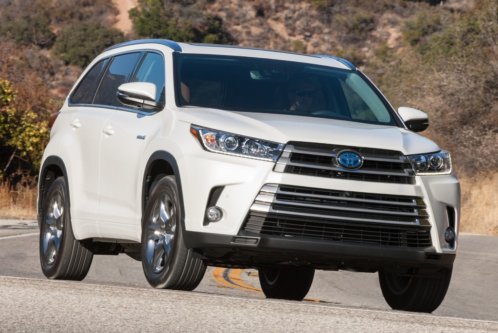 2017 toyota highlander v6 updated with 8 speed automatic transmission autoevolution. Black Bedroom Furniture Sets. Home Design Ideas
