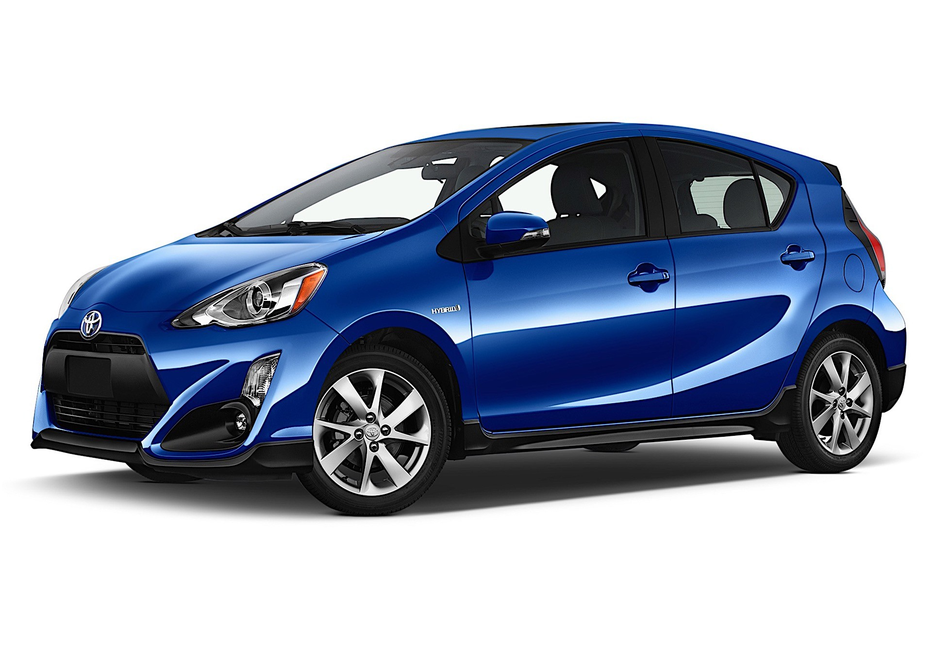 How to Jump Start a Toyota Prius c - autoevolution