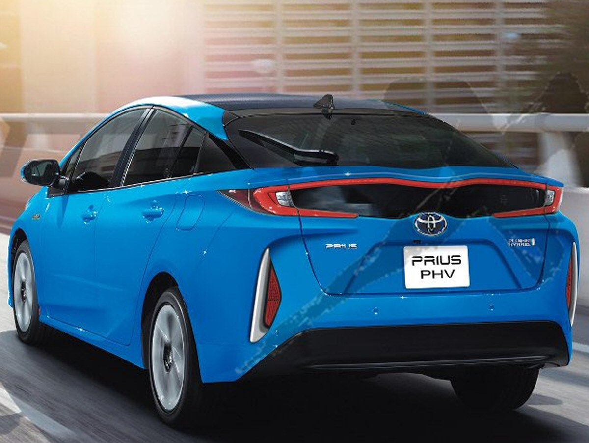 Toyota Corolla Tires >> UPDATE: Could This Be the 2017 Toyota Prius Plug-In Hybrid? Sure Looks like It - autoevolution