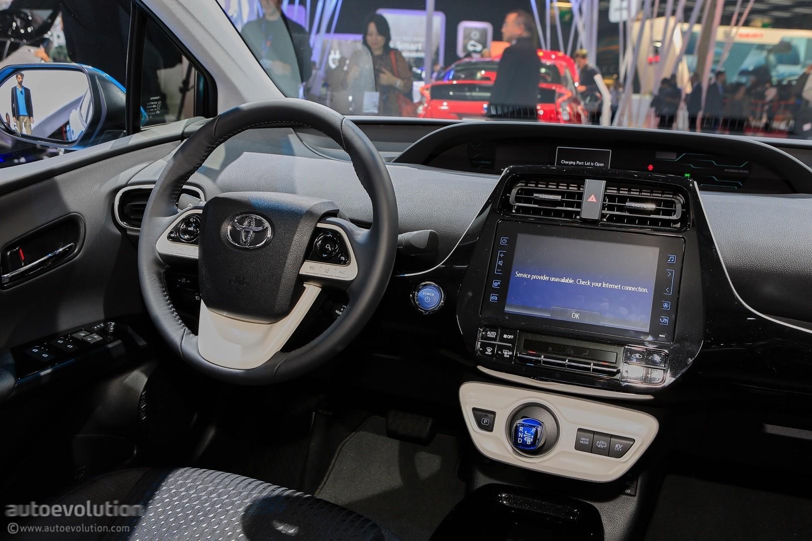 2017 Toyota Prius Phv Prime Plug In Hybrid Live At 2016 Paris