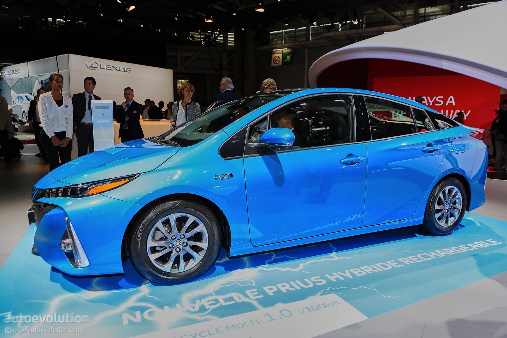 2017 toyota prius prime plug in hybrid test car and driver autos post. Black Bedroom Furniture Sets. Home Design Ideas