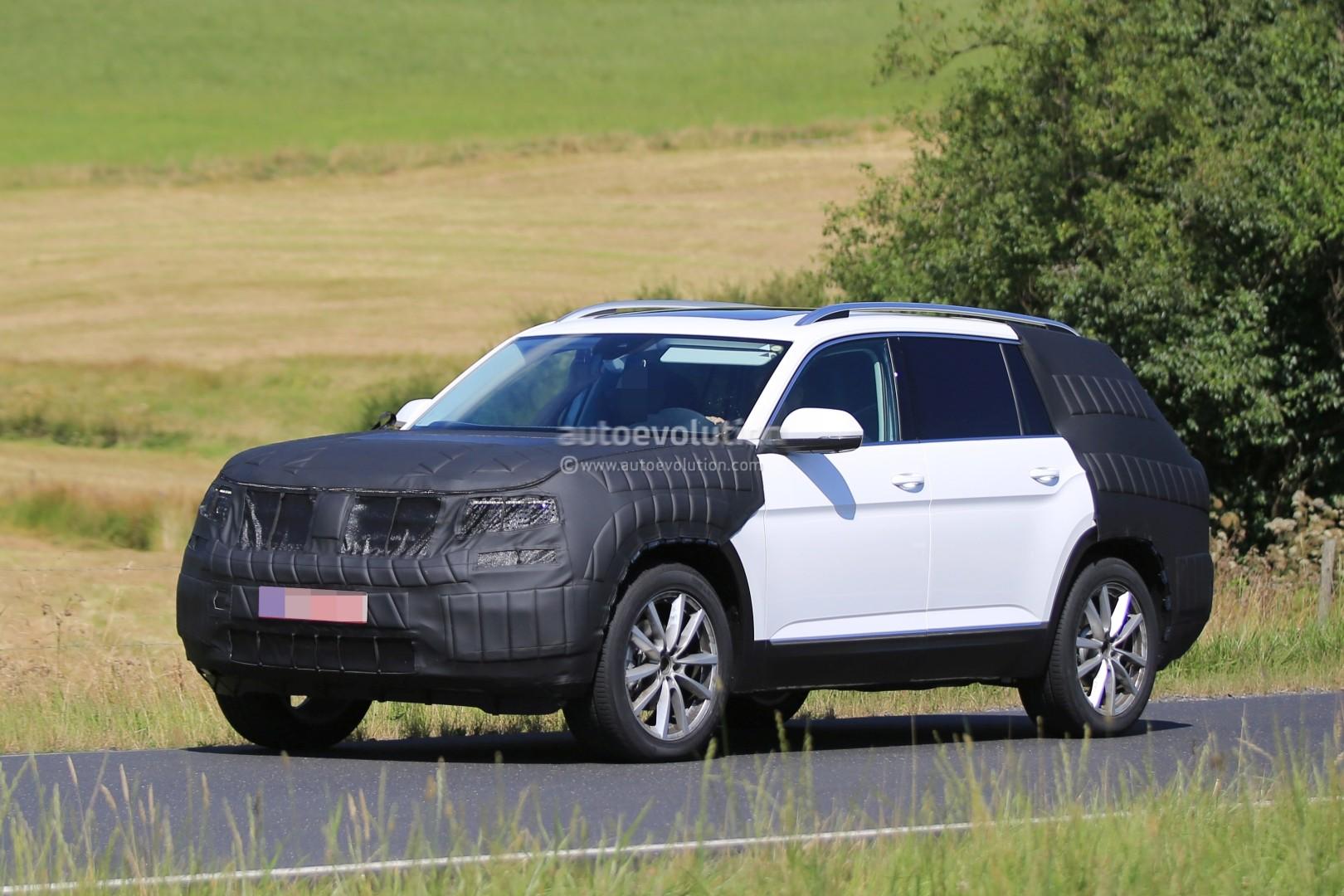 2017 Volkswagen 7-Seater US Market SUV Spied Testing Its Extended Golf Platform - autoevolution