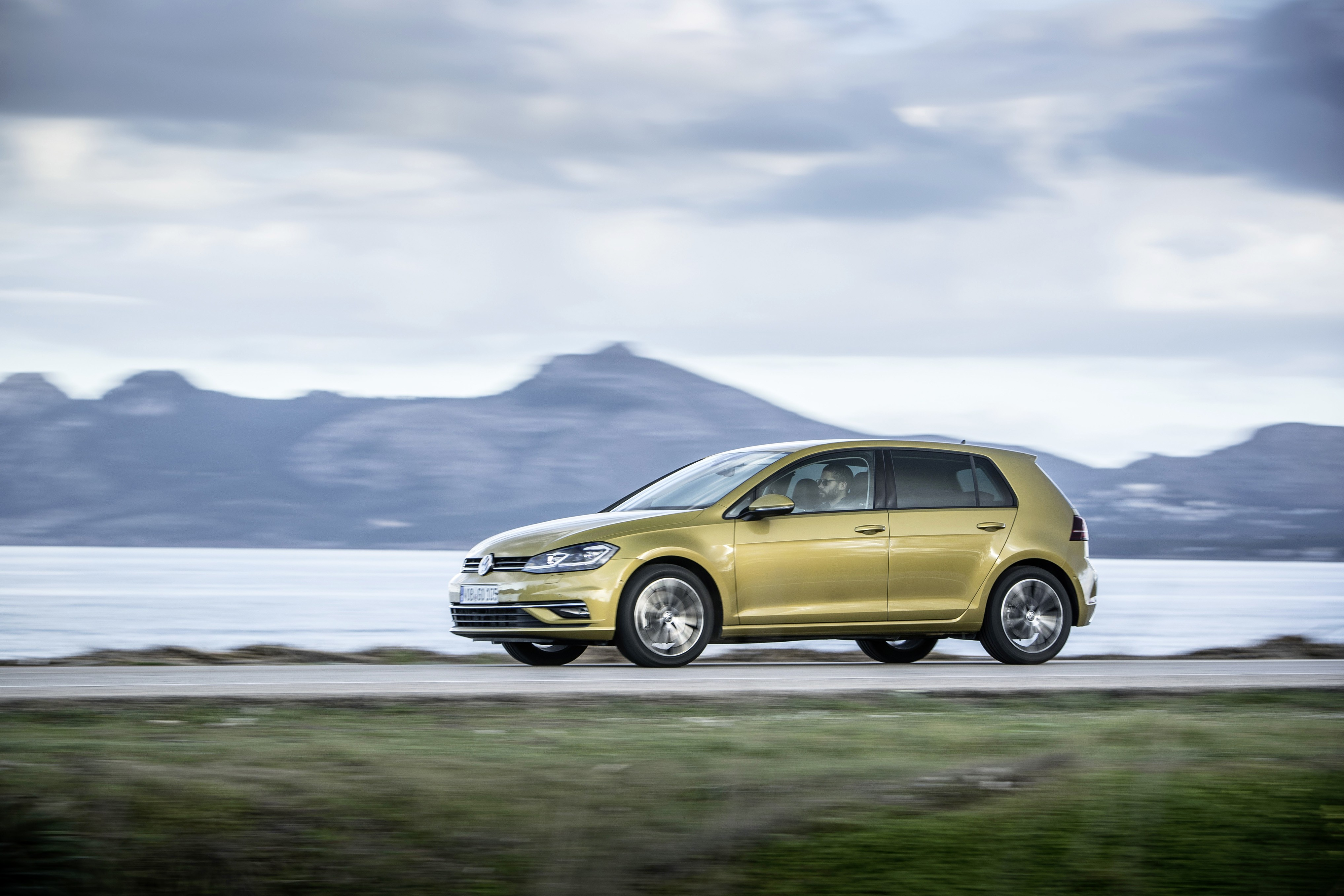2017 Volkswagen Golf 1 5 Tsi Evo Gets Specs Sheet