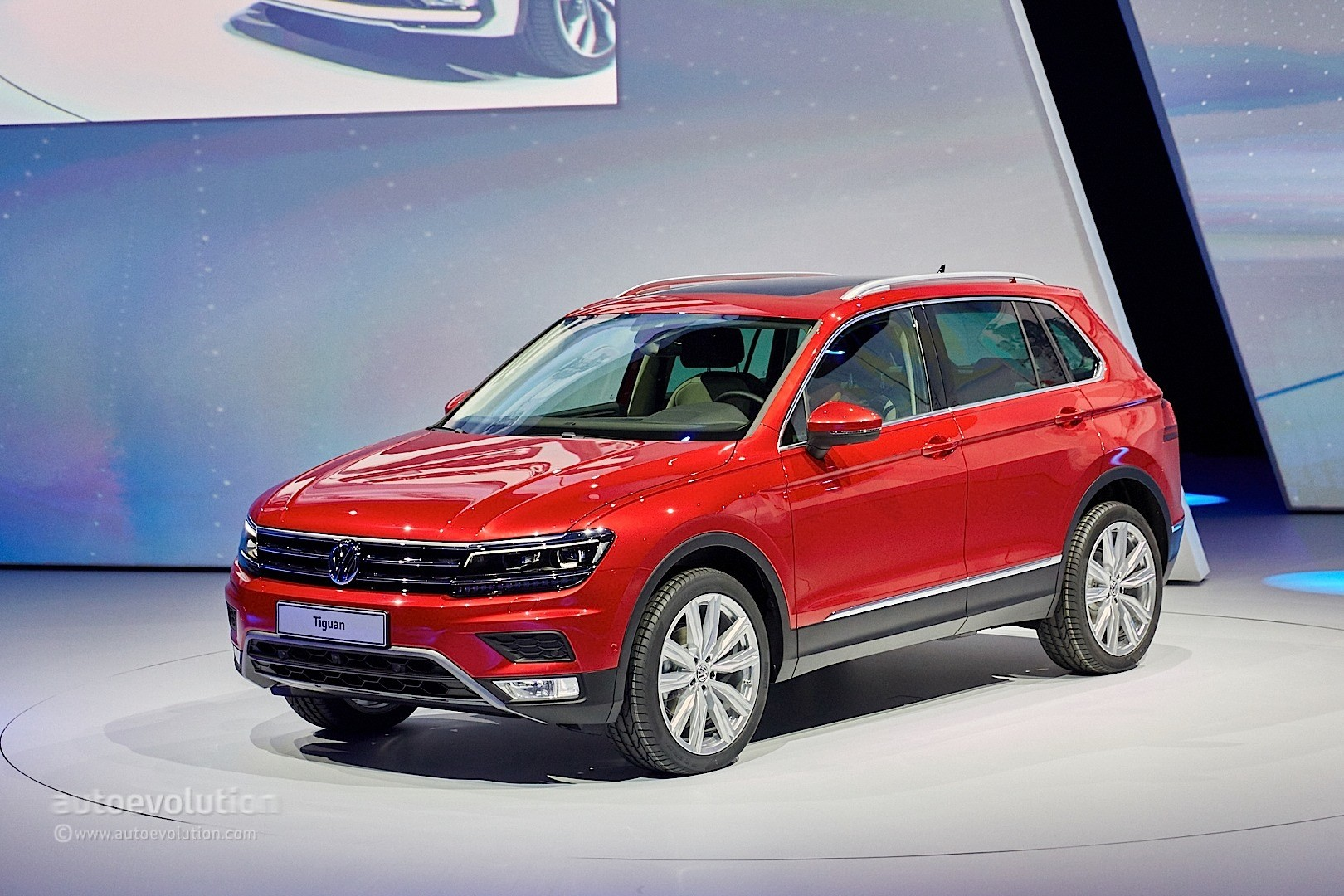2017 Volkswagen Tiguan Is All Grown Up in Frankfurt - autoevolution