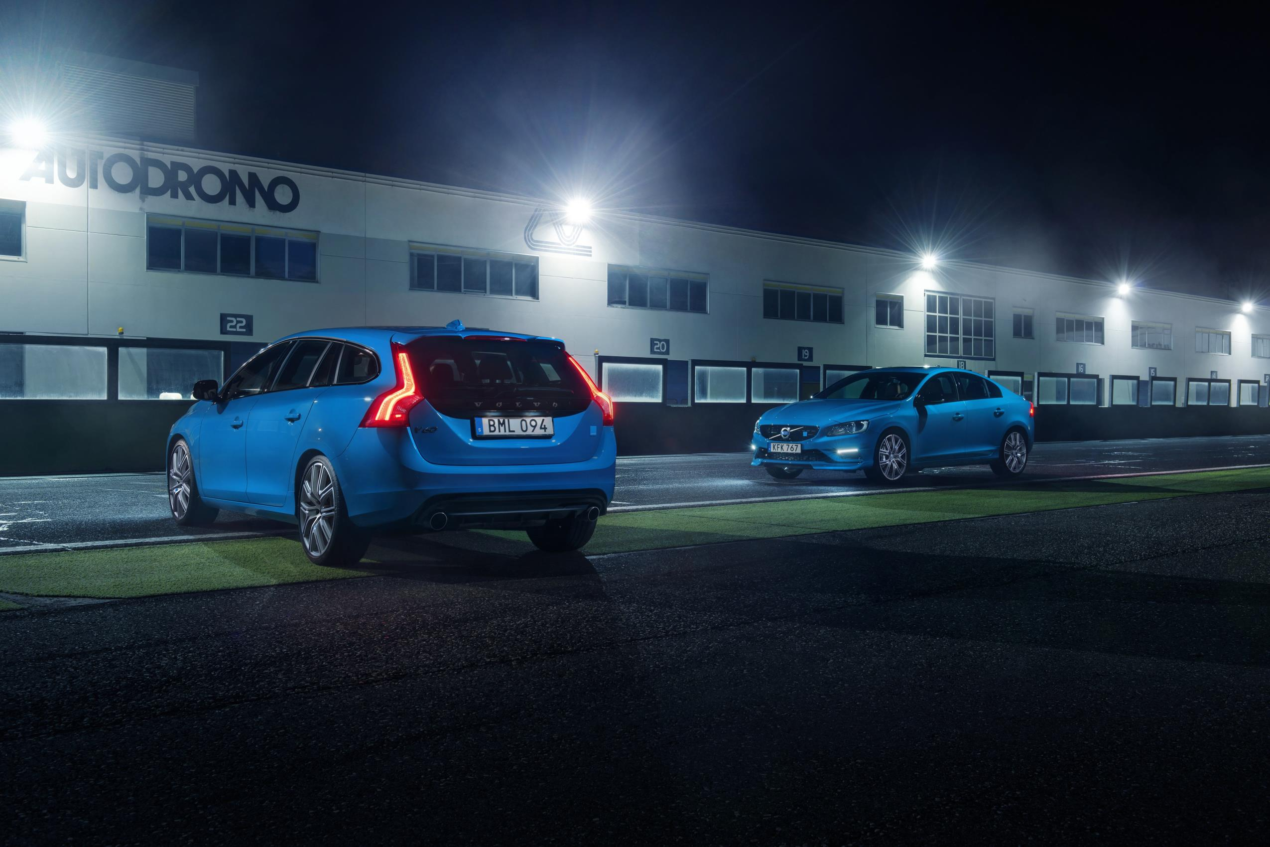 Lolvo: a Volvo V60 Review That's Disturbing but Brilliant - autoevolution