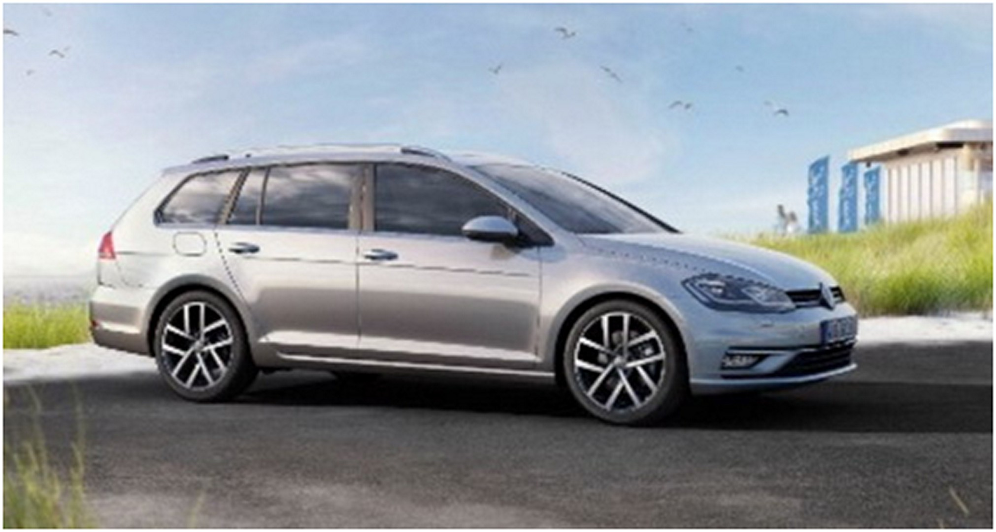 2017 VW Golf Facelift Leaked in Stunning Liquid Gold Color ...