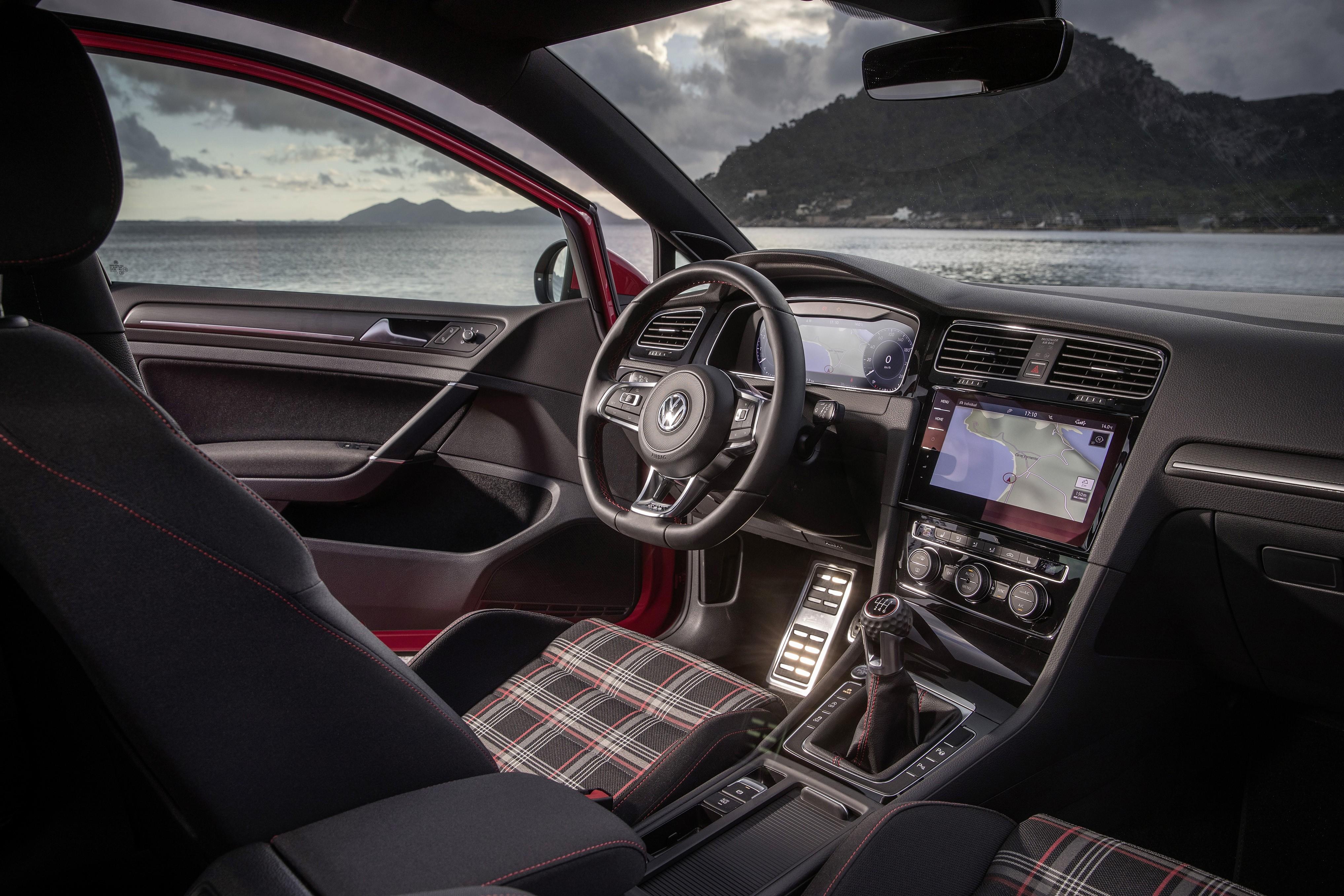 2018 volkswagen golf r interior. plain golf 2018 volkswagen golf gti inside volkswagen golf r interior
