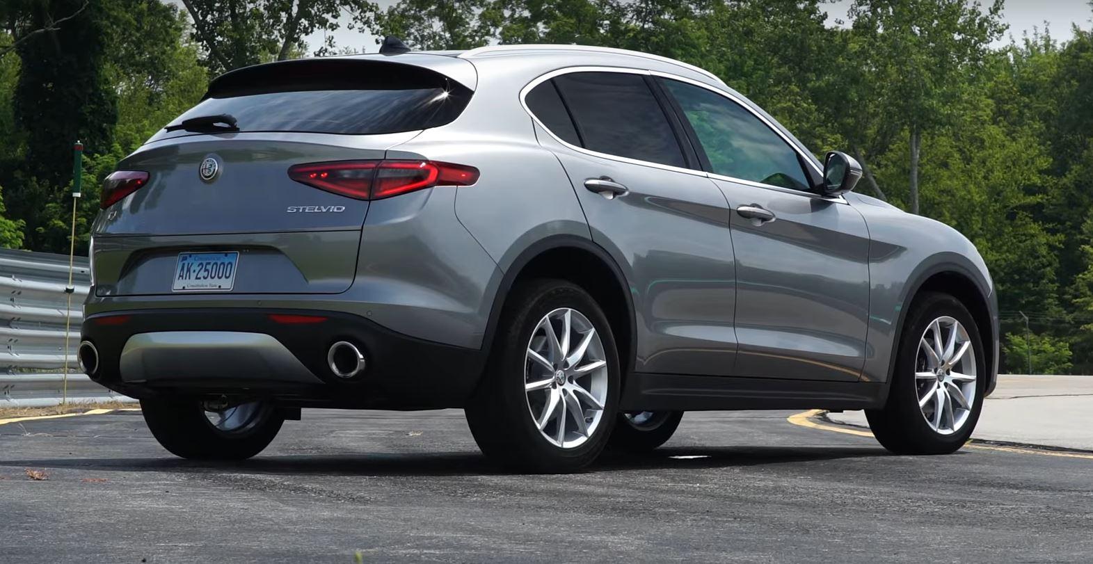 "Quincy Auto Auction >> 2018 Alfa Romeo Stelvio ""Handling Is Fantastic,"" Says Consumer Reports - autoevolution"