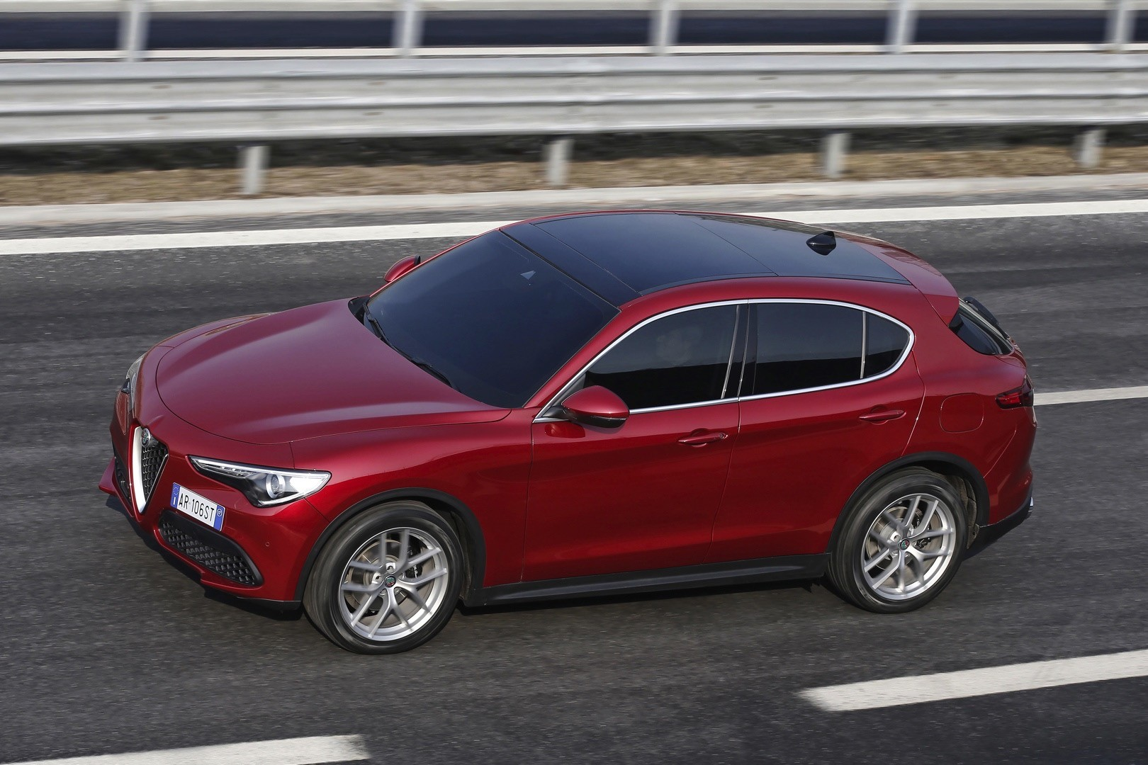 2018 alfa romeo stelvio priced from 41 995 in the u s autoevolution. Black Bedroom Furniture Sets. Home Design Ideas