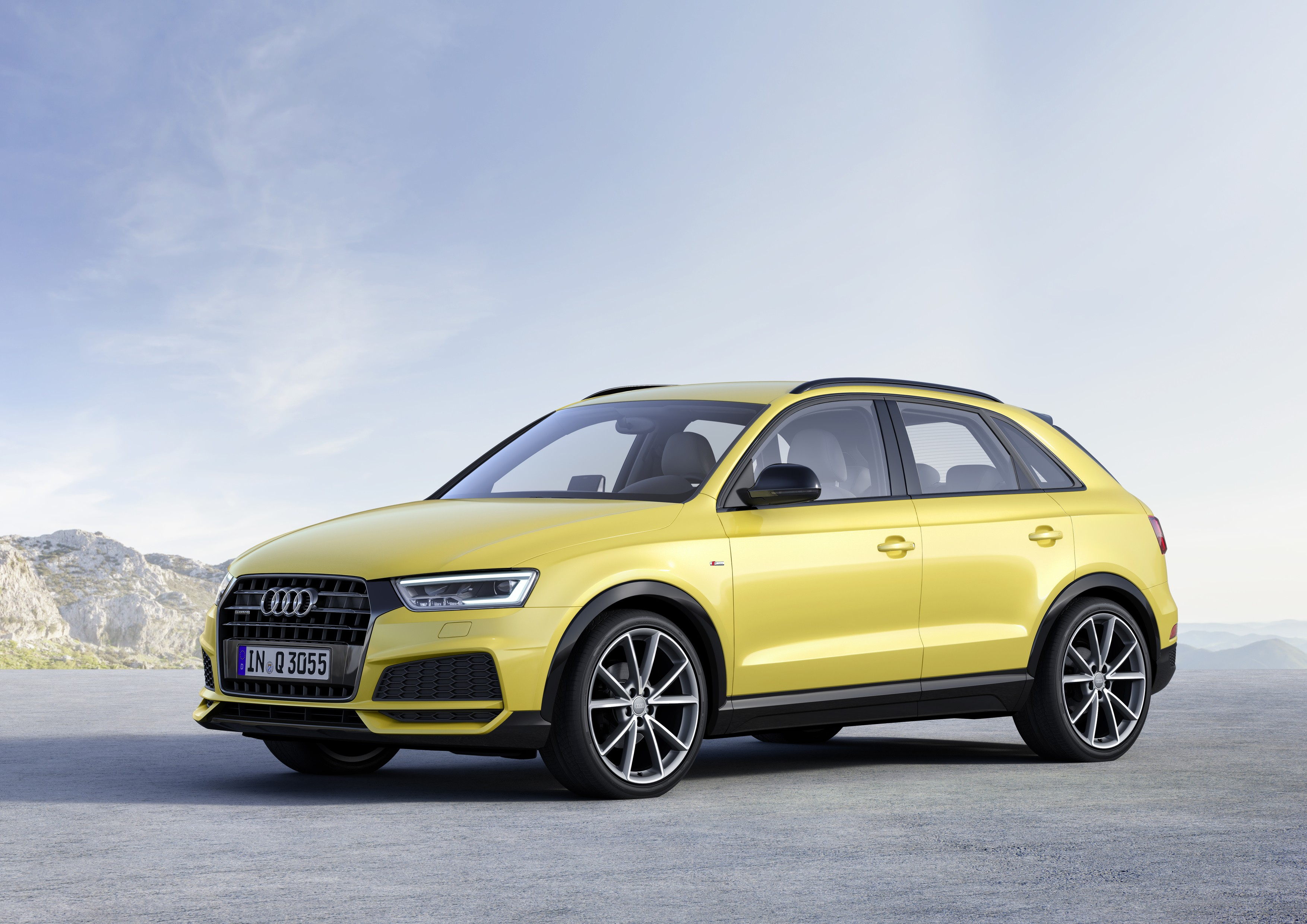 2018 audi q3 boasts minor changes for u s spec model. Black Bedroom Furniture Sets. Home Design Ideas
