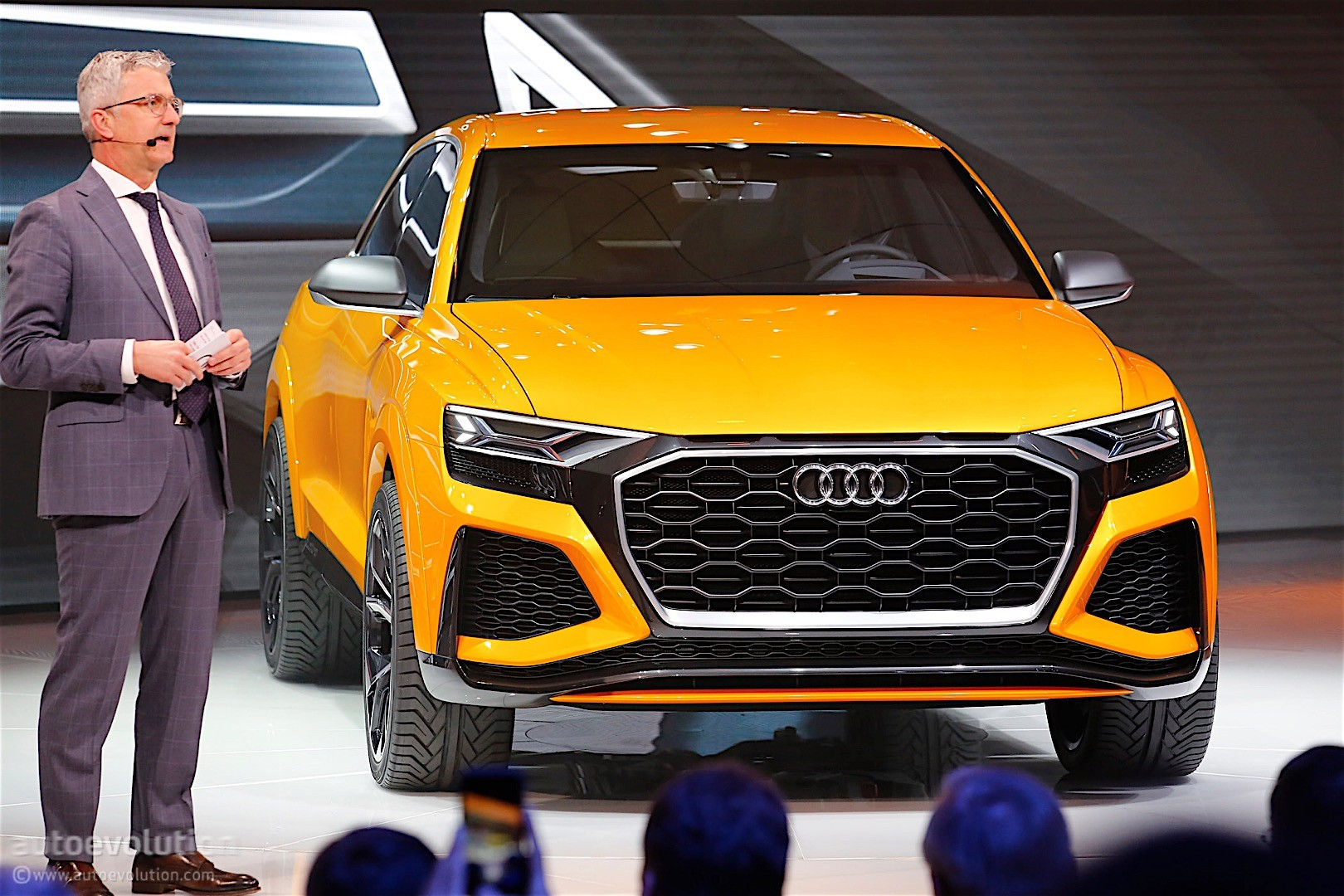 Audi Q7 >> Audi Q8 Halo SUV Model Confirmed: Q7 Platform and Prologue Concept Design - autoevolution