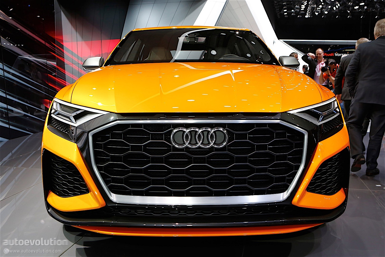 2018 Audi Q8 Goes All Out On The Nurburgring Autoevolution