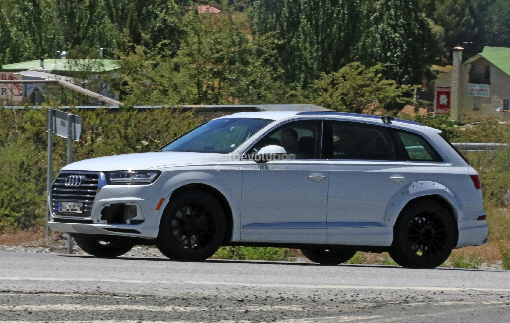 2018 Audi Q8 Test Mule Spied Wearing Q7 Bodyshell