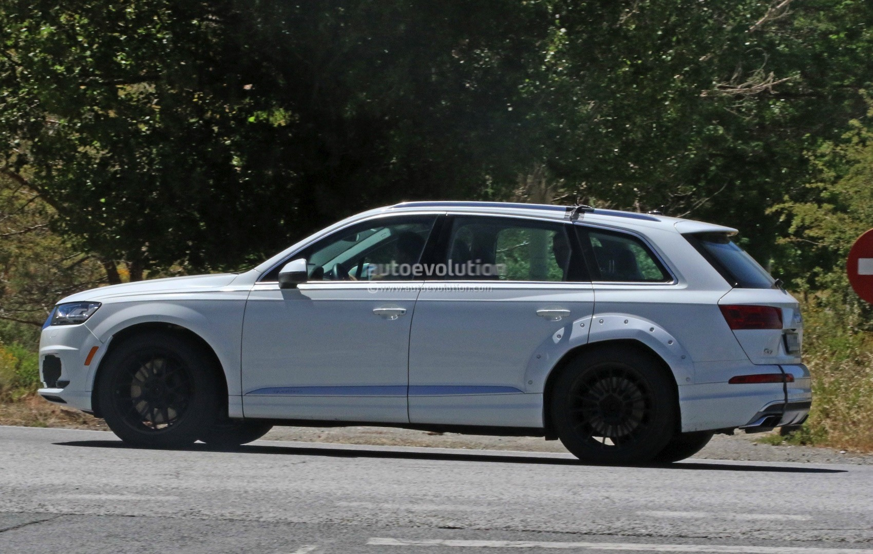2018 Audi Q8 Test Mule Spied Wearing Q7 Bodyshell