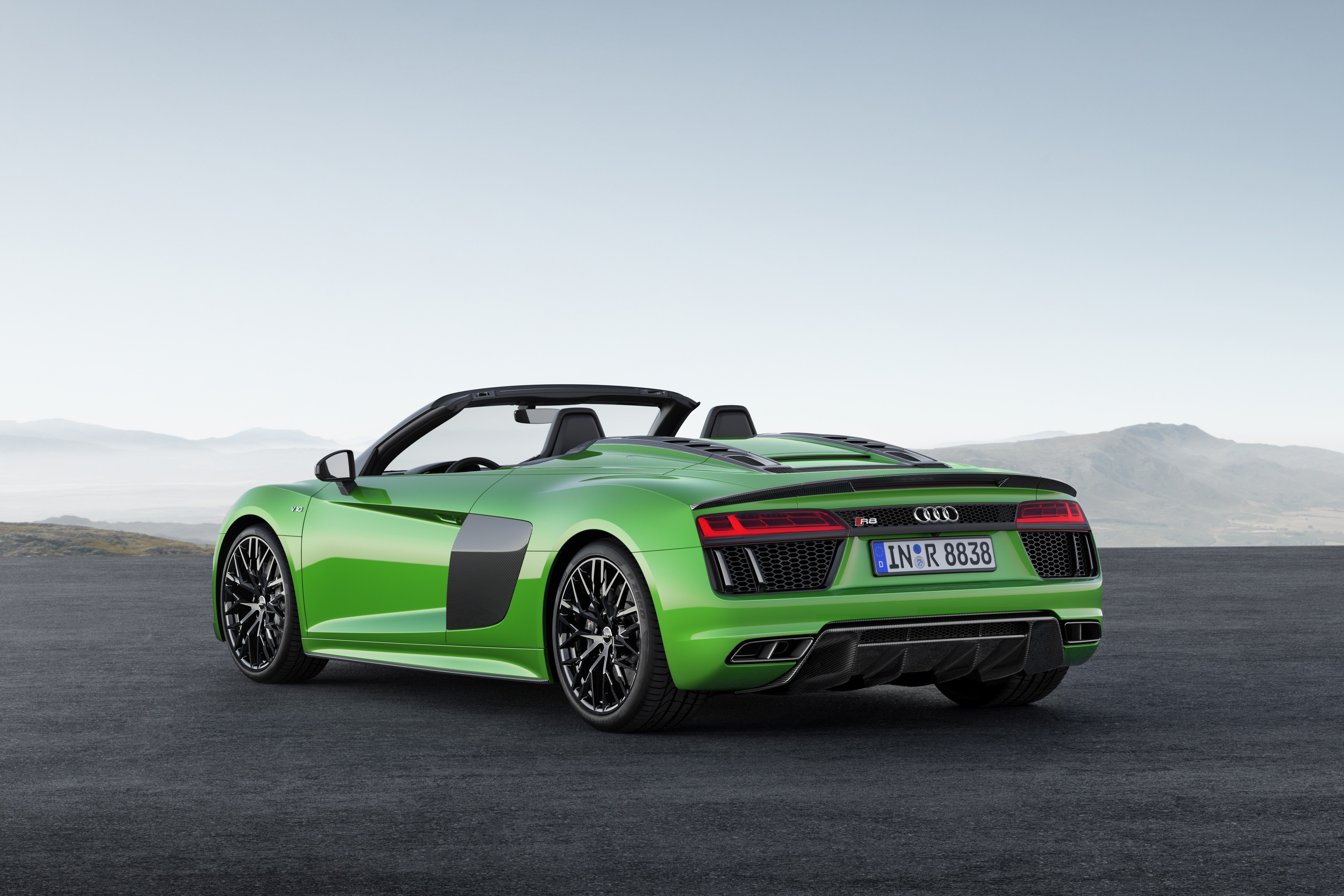 2018 Audi R8 Spyder V10 Plus Unleashed With 610 Ps Autoevolution