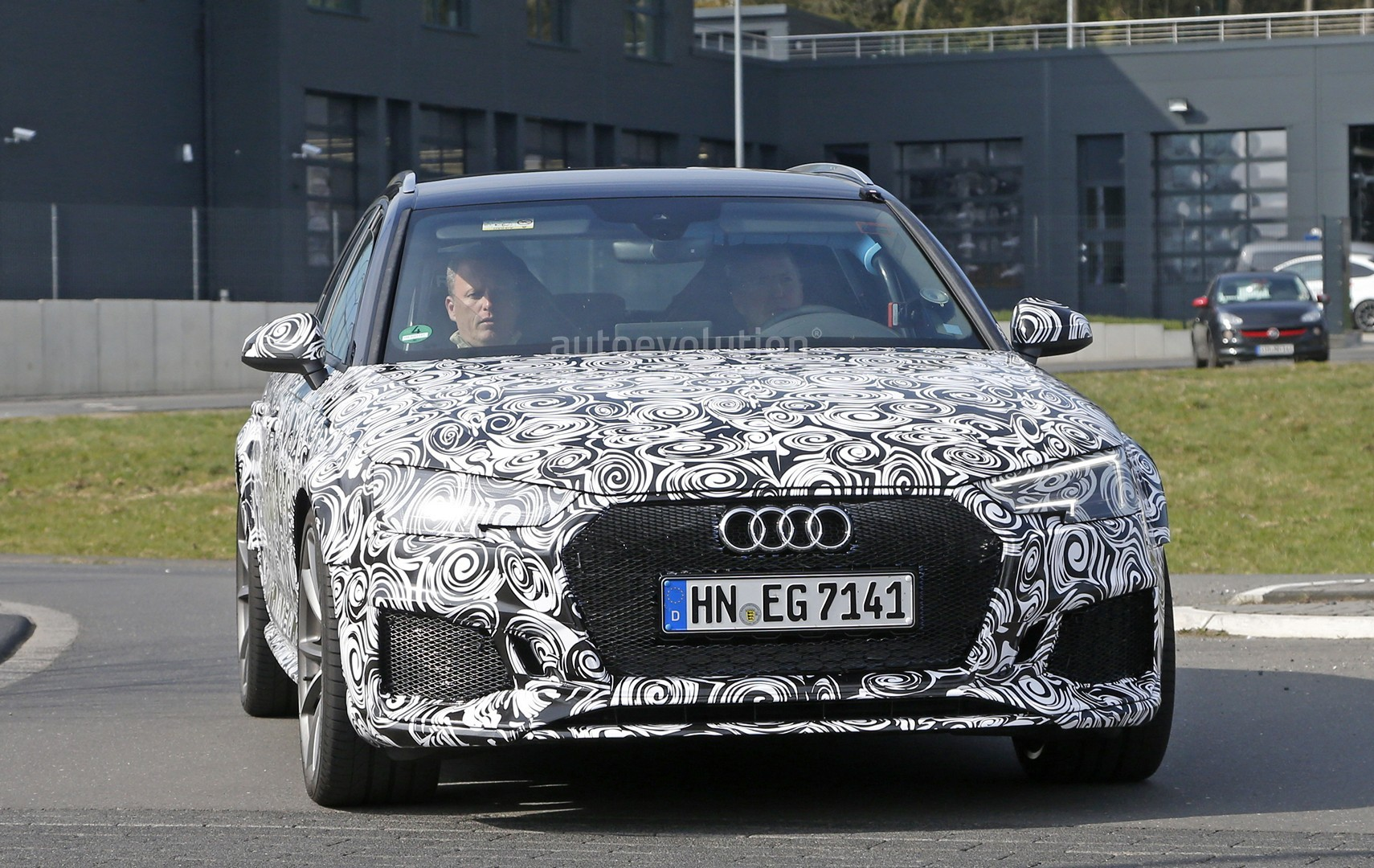 2018 audi rs4. perfect rs4 2018 audi rs4 avant spied with audi rs4 t