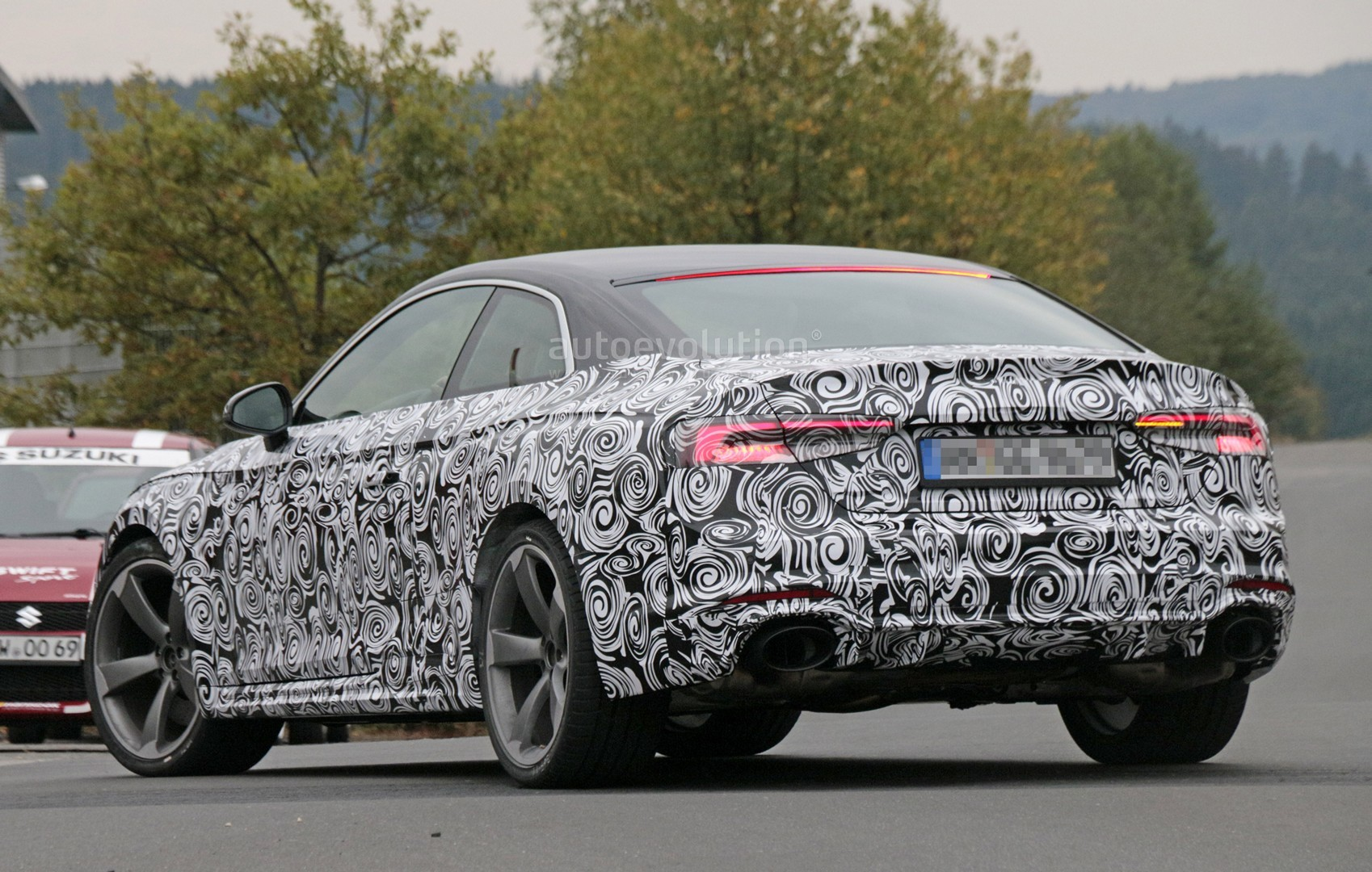2016 - [Audi] A5 Coupé, Cabriolet et Sportback - Page 13 2018-audi-rs5-coupe-spied-with-production-body-for-the-first-time_18