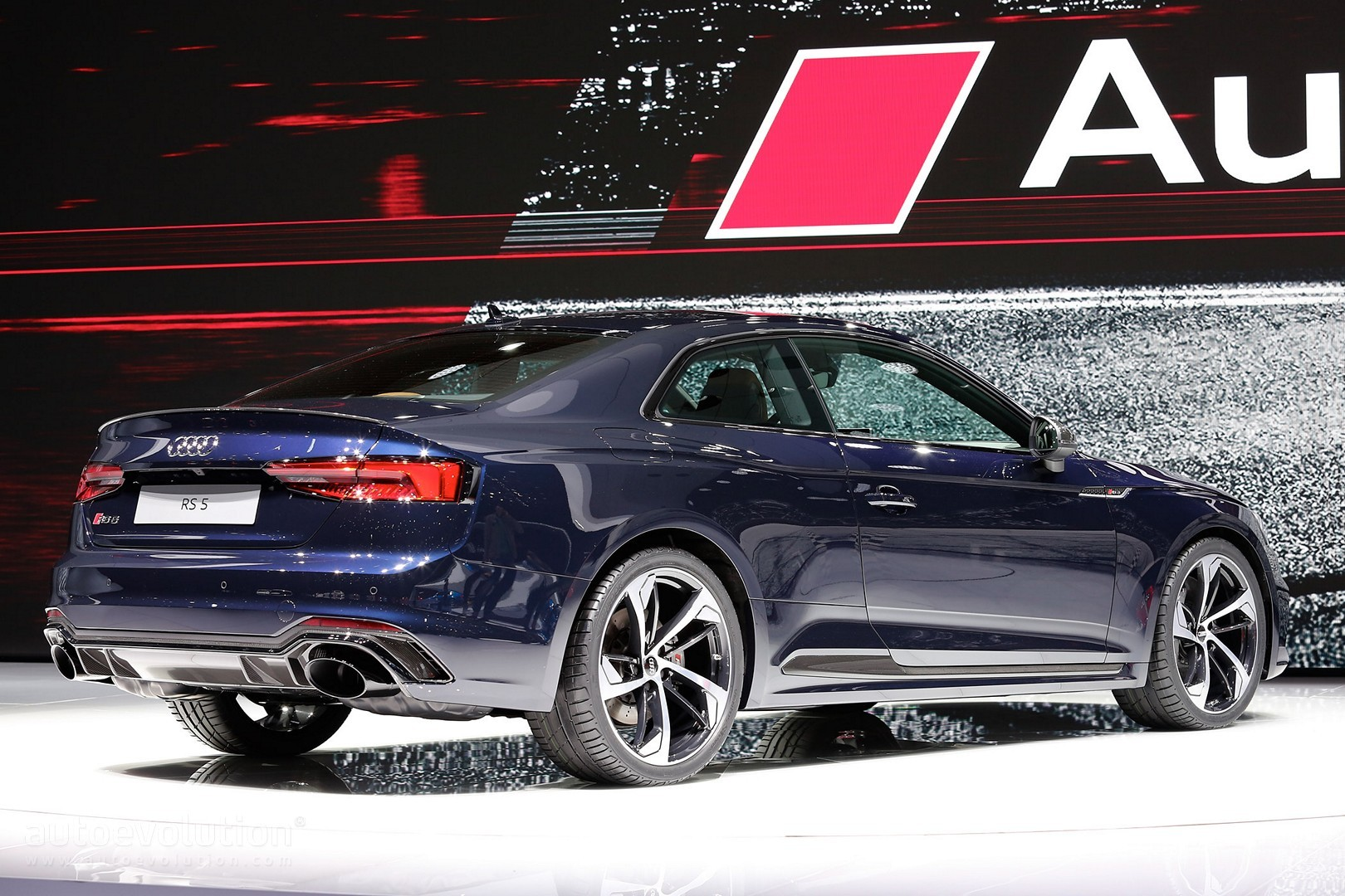 2018 audi rs5 looks sexy in geneva but is 450 hp enough. Black Bedroom Furniture Sets. Home Design Ideas