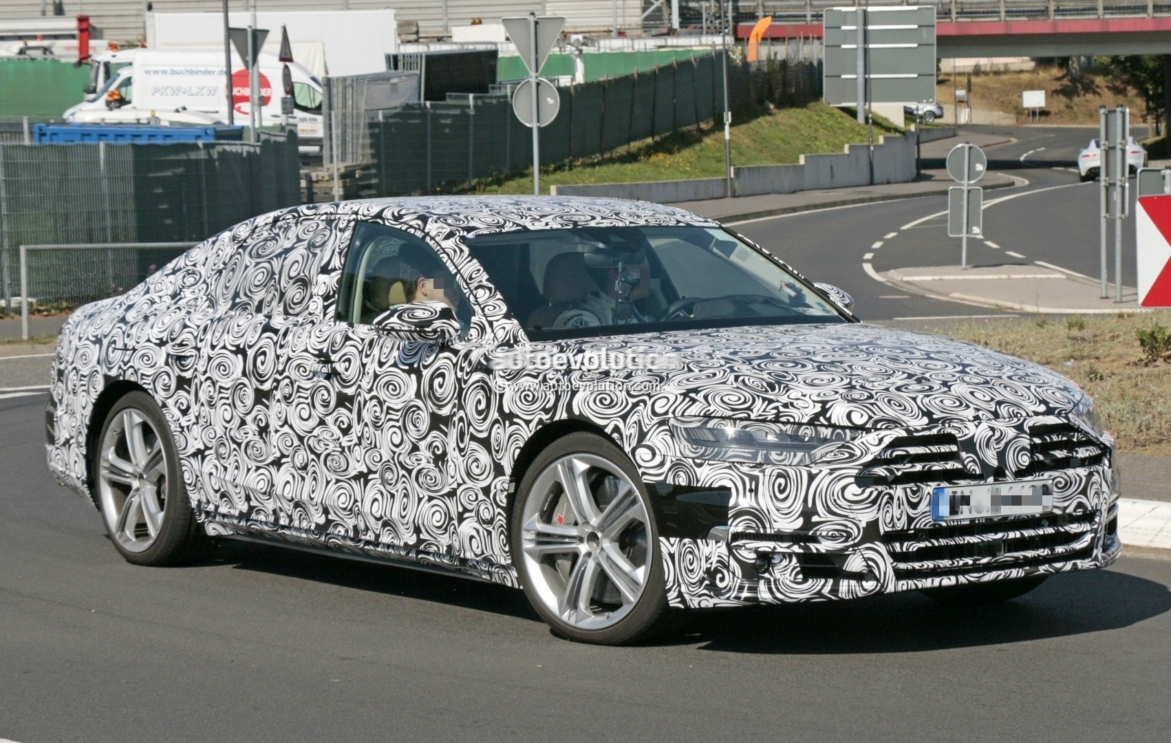 2017 - [Audi] A8 [D5] - Page 4 2018-audi-s8-pre-production-prototype-displays-massive-firepower-at-nurburgring_5