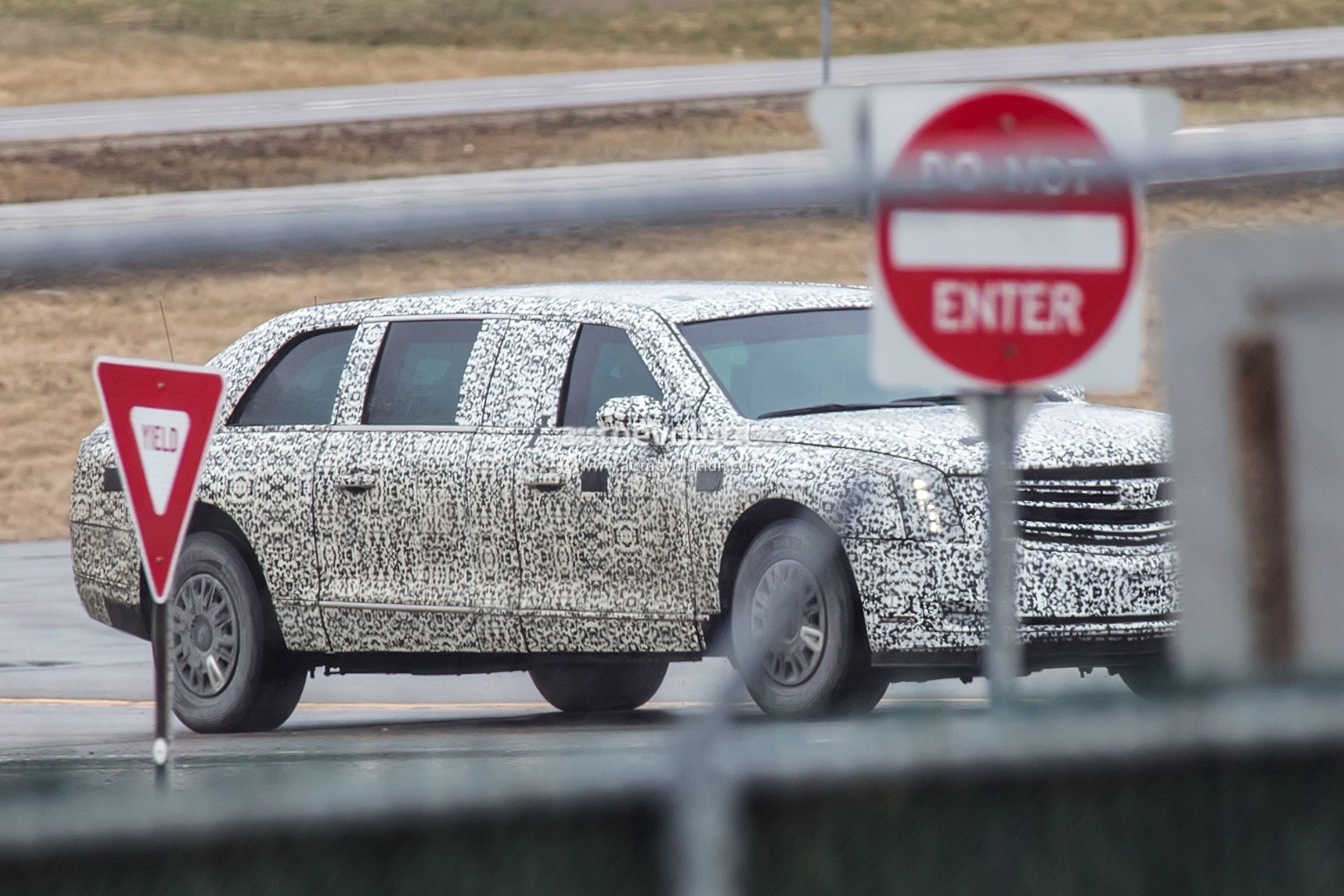 2018 Beast 2.0 Presidential Limo Spied, Looks Absolutely Massive ...