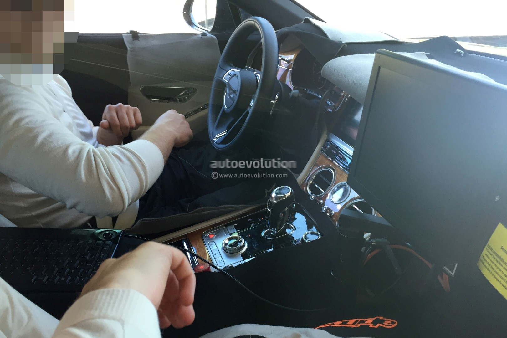 Bentley Bentayga Interior >> 2018 Bentley Continental GT Shows New Features in First Interior Spyshots - autoevolution